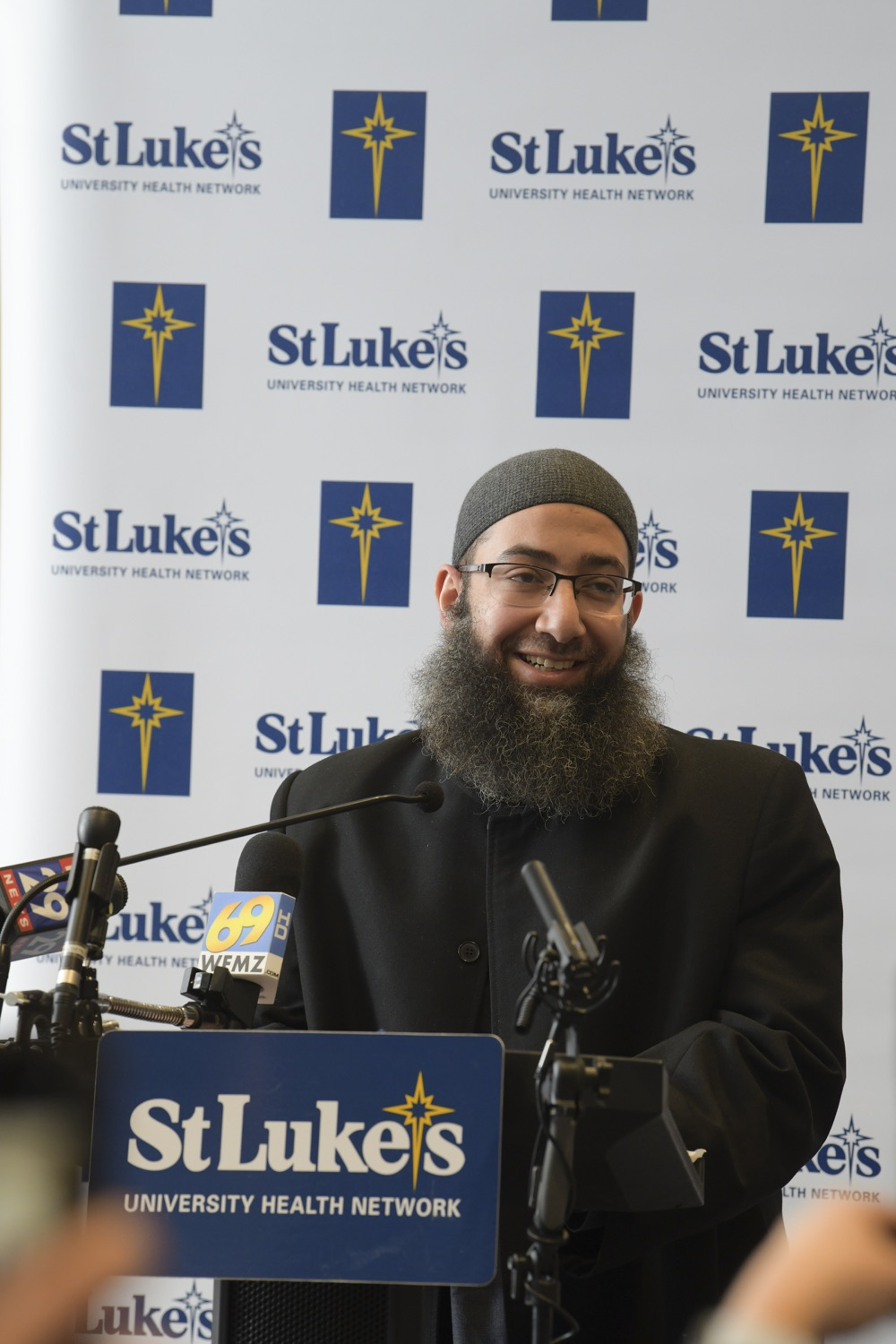 """<a href=""""https://filesource.wostreaming.net/commonwealthofpa/photo/18670_doh_stluke_17.jpg"""" target=""""_blank"""">⇣Download Photo<br></a>Department of Health Joins St. Luke's University Health Network, Muslim Aid Initiative to Discuss Vaccine Hesitancy"""