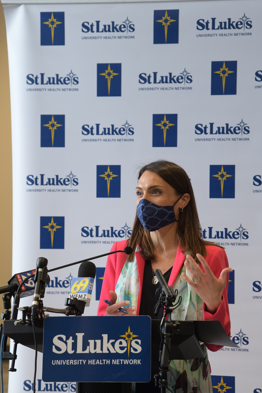 """<a href=""""https://filesource.wostreaming.net/commonwealthofpa/photo/18670_doh_stluke_20.jpg"""" target=""""_blank"""">⇣Download Photo<br></a>Department of Health Joins St. Luke's University Health Network, Muslim Aid Initiative to Discuss Vaccine Hesitancy"""