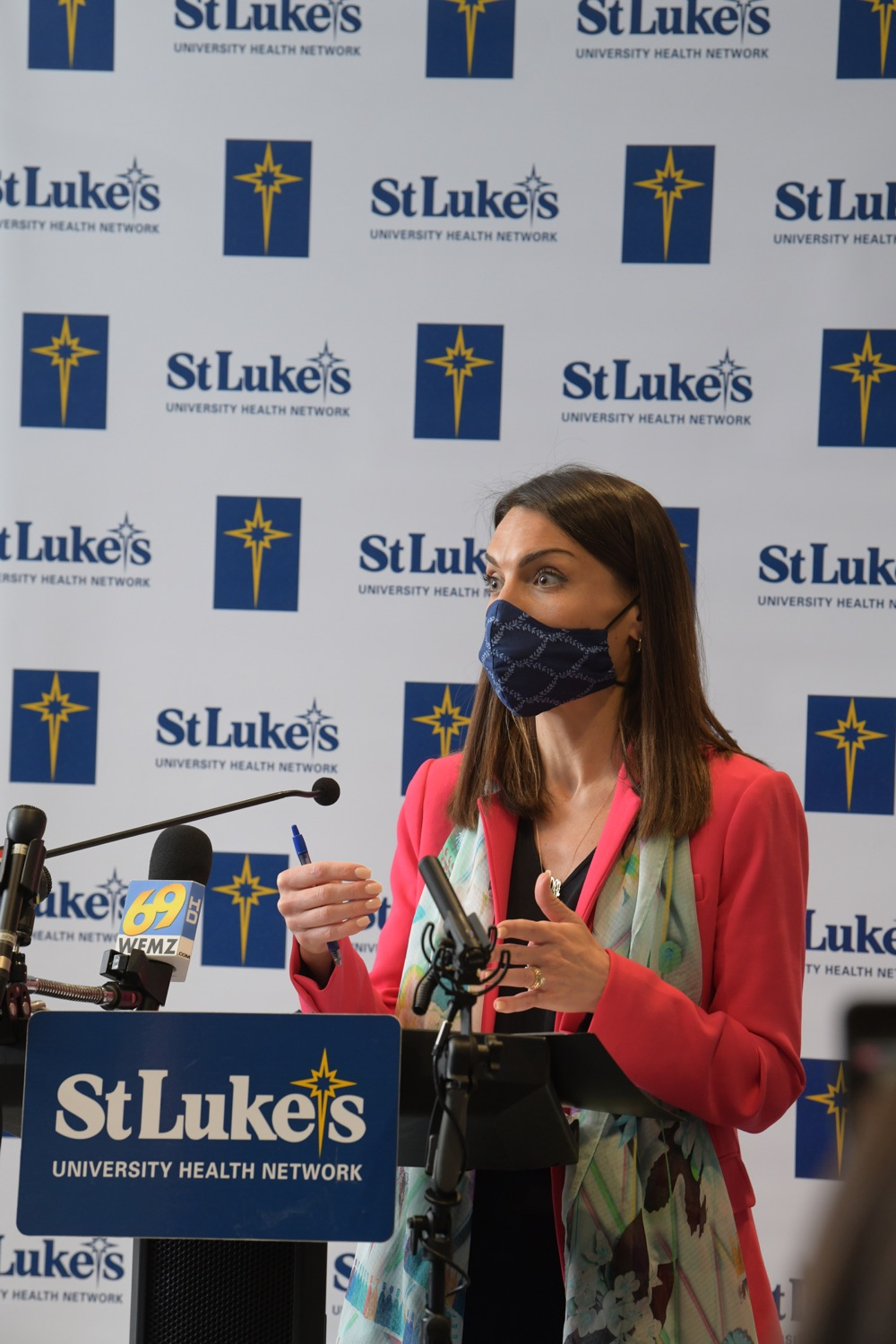 """<a href=""""https://filesource.wostreaming.net/commonwealthofpa/photo/18670_doh_stluke_21.jpg"""" target=""""_blank"""">⇣Download Photo<br></a>Department of Health Joins St. Luke's University Health Network, Muslim Aid Initiative to Discuss Vaccine Hesitancy"""