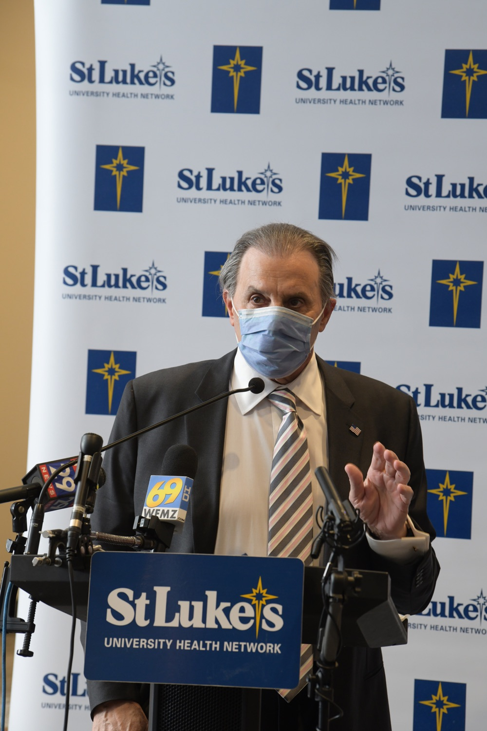 """<a href=""""https://filesource.wostreaming.net/commonwealthofpa/photo/18670_doh_stluke_22.jpg"""" target=""""_blank"""">⇣Download Photo<br></a>Department of Health Joins St. Luke's University Health Network, Muslim Aid Initiative to Discuss Vaccine Hesitancy"""