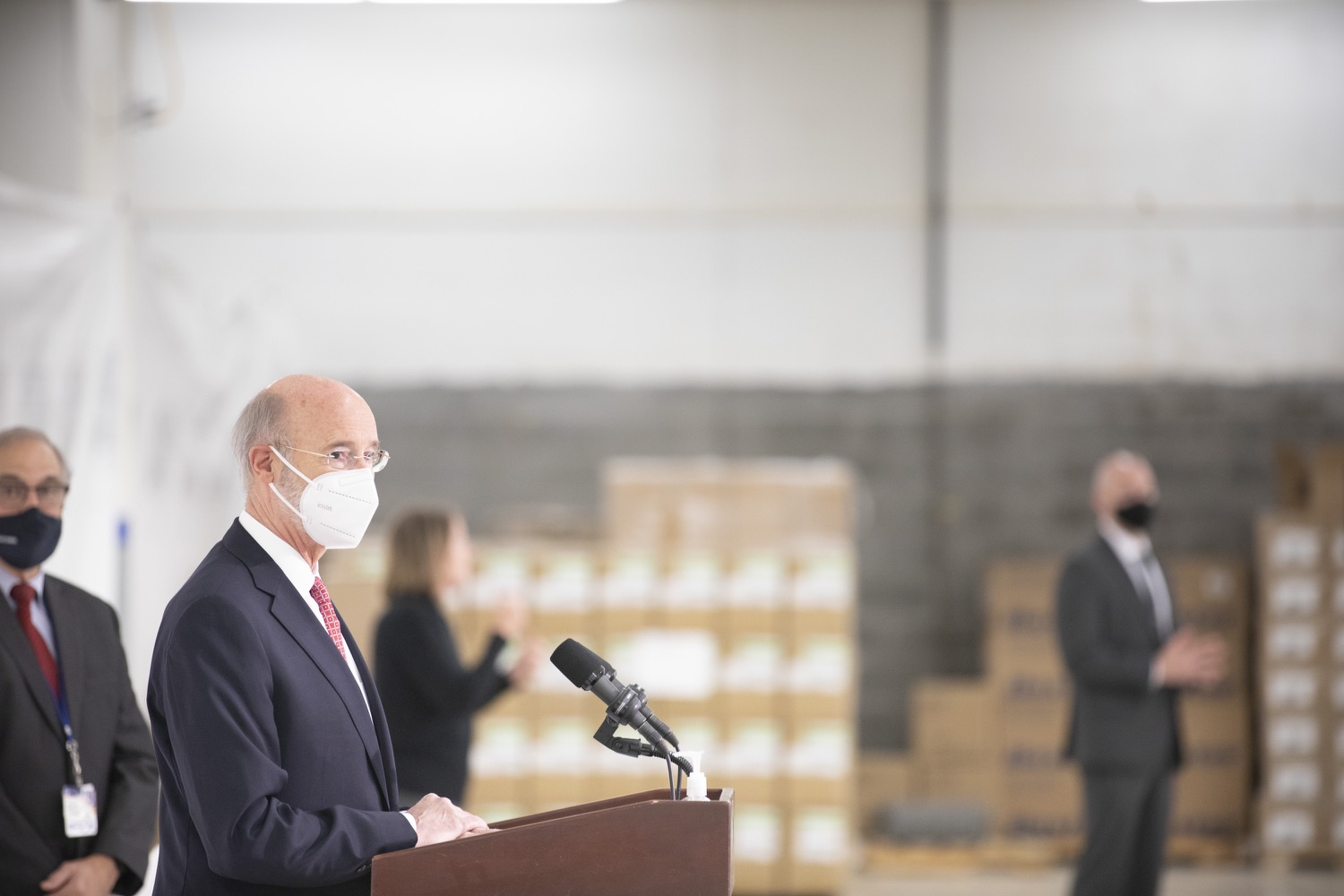 """<a href=""""https://filesource.wostreaming.net/commonwealthofpa/photo/18682_gov_vaccineClinic_dz_029.jpg"""" target=""""_blank"""">⇣Download Photo<br></a>Pennsylvania Governor Tom Wolf speaking with the press.  Governor Tom Wolf today visited the Guthrie Health vaccine clinic in Sayre, Bradford County today to tour this clinic providing vaccines to a large swath of rural residents and to talk about progress in vaccinating Pennsylvanians now that eligibility is open to all individuals age 16 and older.  Sayre, PA   April 21, 2021"""