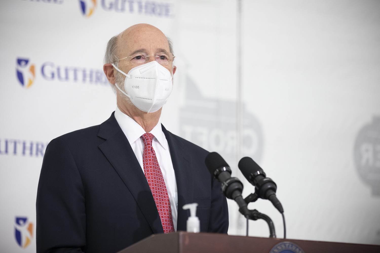 """<a href=""""https://filesource.wostreaming.net/commonwealthofpa/photo/18682_gov_vaccineClinic_dz_032.jpg"""" target=""""_blank"""">⇣Download Photo<br></a>Pennsylvania Governor Tom Wolf speaking with the press.  Governor Tom Wolf today visited the Guthrie Health vaccine clinic in Sayre, Bradford County today to tour this clinic providing vaccines to a large swath of rural residents and to talk about progress in vaccinating Pennsylvanians now that eligibility is open to all individuals age 16 and older.  Sayre, PA   April 21, 2021"""