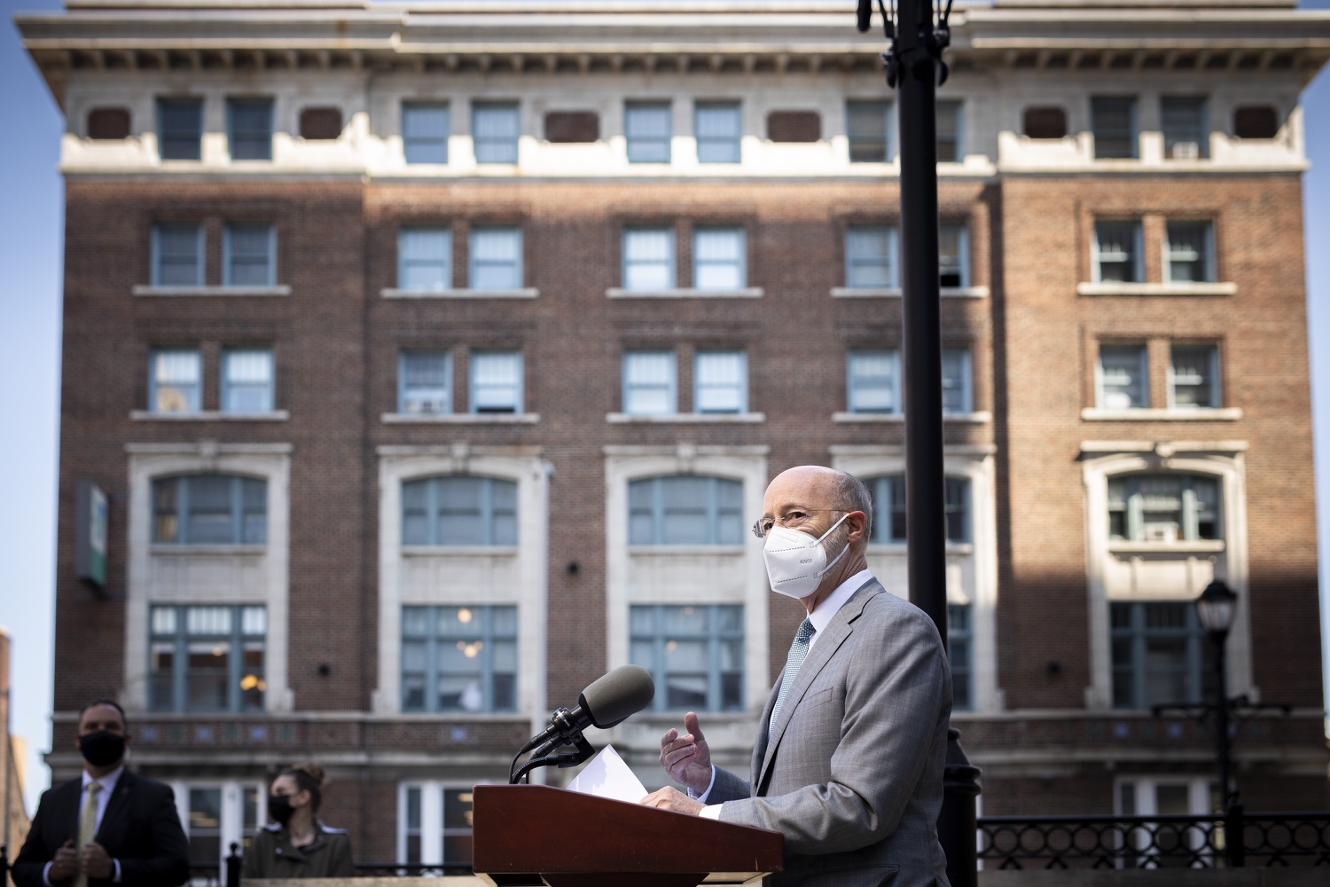 """<a href=""""https://filesource.wostreaming.net/commonwealthofpa/photo/18688_gov_vaccines_dz_001.jpg"""" target=""""_blank"""">⇣Download Photo<br></a>Pennsylvania Governor Tom Wolf speaking with the press.  As Pennsylvania continues its accelerated COVID-19 vaccination plan, Pennsylvanians who are not able to leave their homes must be reached, and various state agencies and community groups are helping. Governor Tom Wolf visited Reading to talk about how the state and its partners are using various means to reach people not able to leave home to be vaccinated against COVID-19.  APRIL 26, 2021 - READING, PA"""