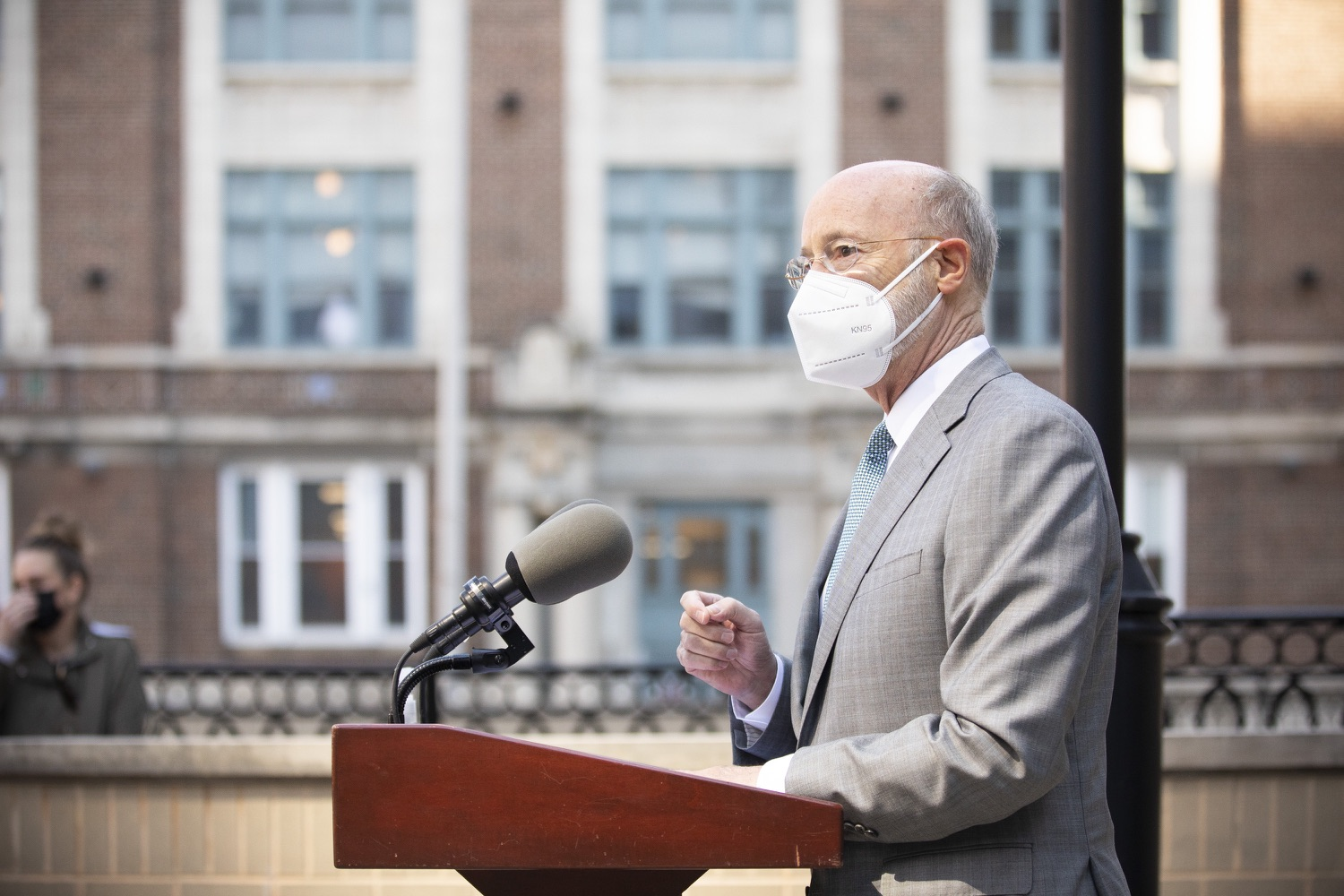 """<a href=""""https://filesource.wostreaming.net/commonwealthofpa/photo/18688_gov_vaccines_dz_008.jpg"""" target=""""_blank"""">⇣Download Photo<br></a>Pennsylvania Governor Tom Wolf speaking with the press.  As Pennsylvania continues its accelerated COVID-19 vaccination plan, Pennsylvanians who are not able to leave their homes must be reached, and various state agencies and community groups are helping. Governor Tom Wolf visited Reading to talk about how the state and its partners are using various means to reach people not able to leave home to be vaccinated against COVID-19.  APRIL 26, 2021 - READING, PA"""