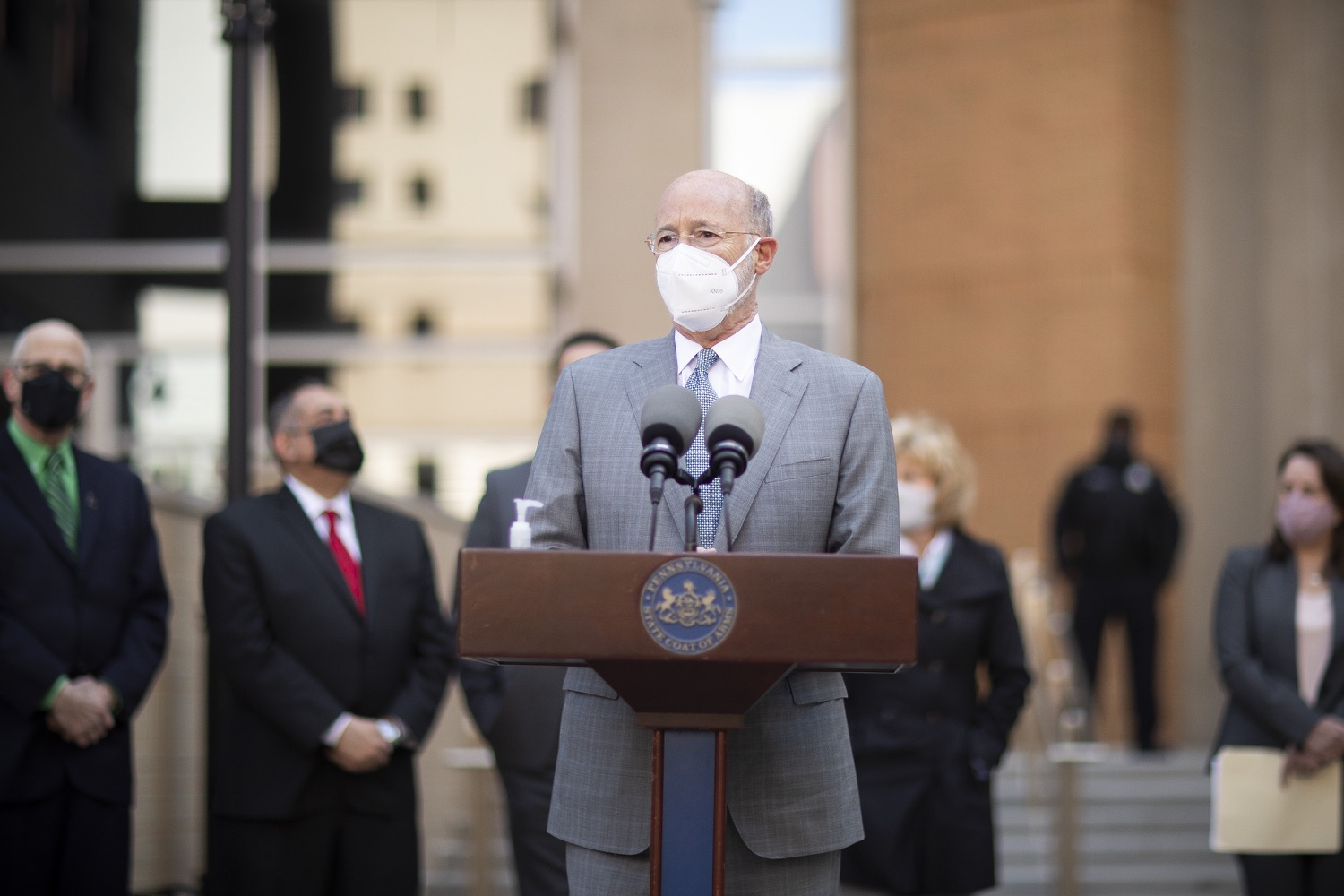 """<a href=""""https://filesource.wostreaming.net/commonwealthofpa/photo/18688_gov_vaccines_dz_013.jpg"""" target=""""_blank"""">⇣Download Photo<br></a>Pennsylvania Governor Tom Wolf speaking with the press.  .As Pennsylvania continues its accelerated COVID-19 vaccination plan, Pennsylvanians who are not able to leave their homes must be reached, and various state agencies and community groups are helping. Governor Tom Wolf visited Reading to talk about how the state and its partners are using various means to reach people not able to leave home to be vaccinated against COVID-19.  APRIL 26, 2021 - READING, PA"""