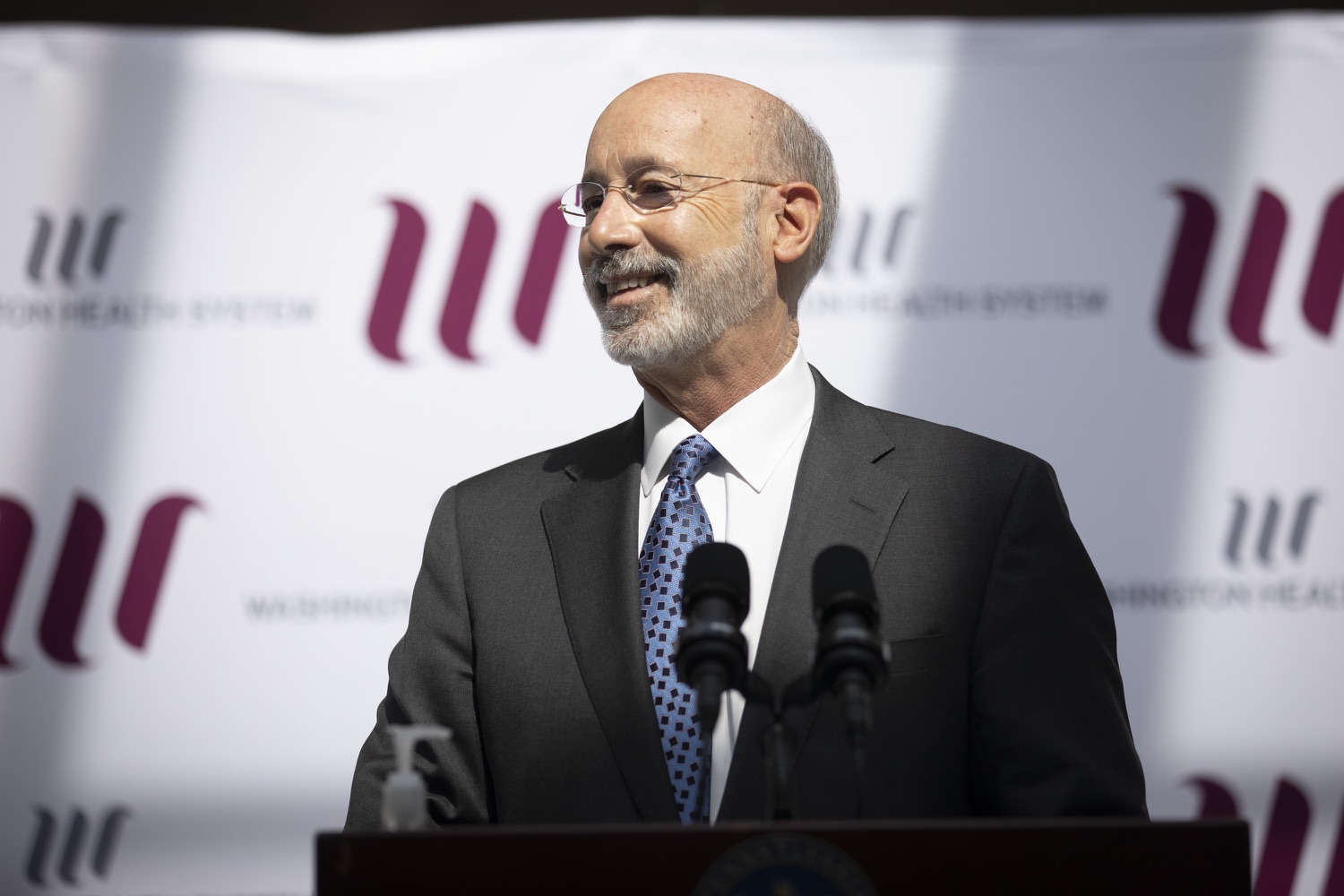 "<a href=""https://filesource.wostreaming.net/commonwealthofpa/photo/18712_gov_vaccines_dz_002.jpg"" target=""_blank"">⇣ Download Photo<br></a>Pennsylvania Governor Tom Wolf speaking with the press.  Continuing to visit COVID-19 vaccine clinics around the state, Governor Tom Wolf toured a clinic at the Washington Crown Center in Washington County today. The clinic is one of three operated by the Washington Health System (WHS) serving rural communities in southwestern Pennsylvania.  North Franklin Township, PA  April 28, 2021"