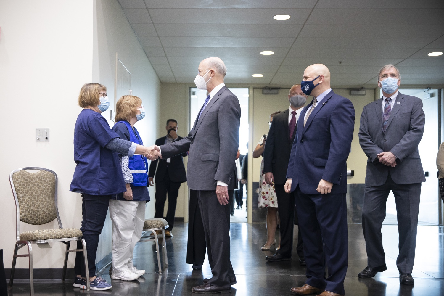 """<a href=""""https://filesource.wostreaming.net/commonwealthofpa/photo/18716_gov_erieVaccination_dz_008.jpg"""" target=""""_blank"""">⇣Download Photo<br></a>Pennsylvania Governor Tom Wolf touring the COVID-19 vaccine clinic and greeting workers. Governor Tom Wolf toured a COVID-19 vaccine clinic at the Bayfront Convention Center in Erie that is operated by the Erie County Department of Health and the Lake Erie College of Osteopathic Medicine (LECOM) Institute for Successful Aging. The governor discussed the states vaccination effort and reminded all Pennsylvanians the vaccine is available, free and safe.  Erie, PA  April 28, 2021"""