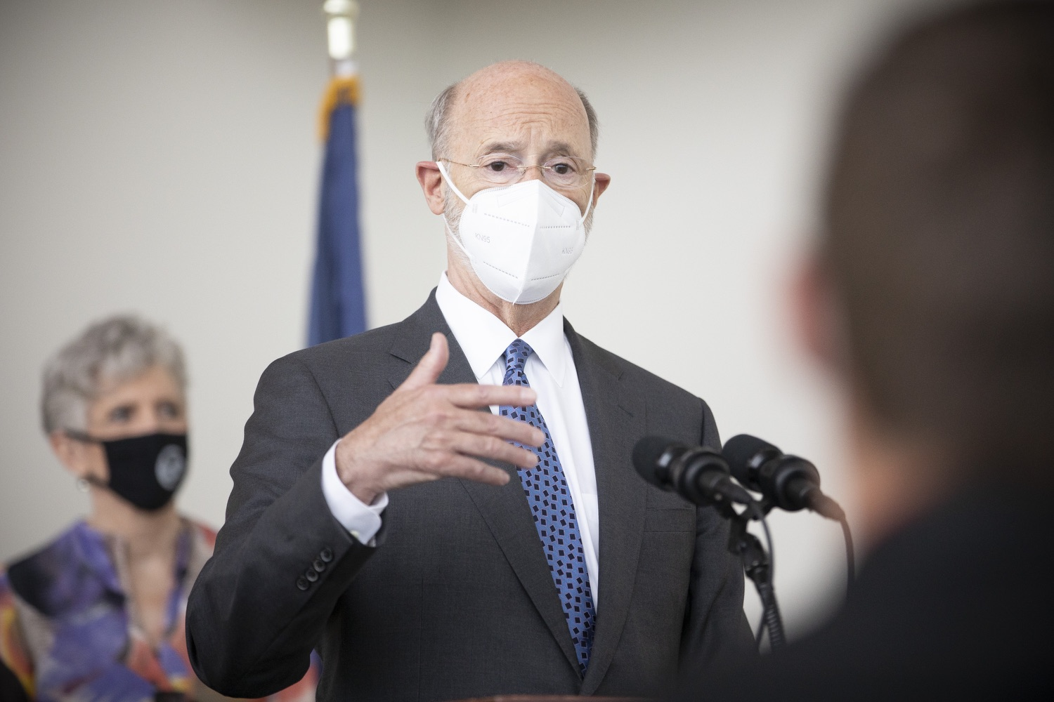 """<a href=""""https://filesource.wostreaming.net/commonwealthofpa/photo/18716_gov_erieVaccination_dz_012.jpg"""" target=""""_blank"""">⇣Download Photo<br></a>Pennsylvania Governor Tom Wolf speaking with the press.  Governor Tom Wolf toured a COVID-19 vaccine clinic at the Bayfront Convention Center in Erie that is operated by the Erie County Department of Health and the Lake Erie College of Osteopathic Medicine (LECOM) Institute for Successful Aging. The governor discussed the states vaccination effort and reminded all Pennsylvanians the vaccine is available, free and safe.  Erie, PA  April 28, 2021"""