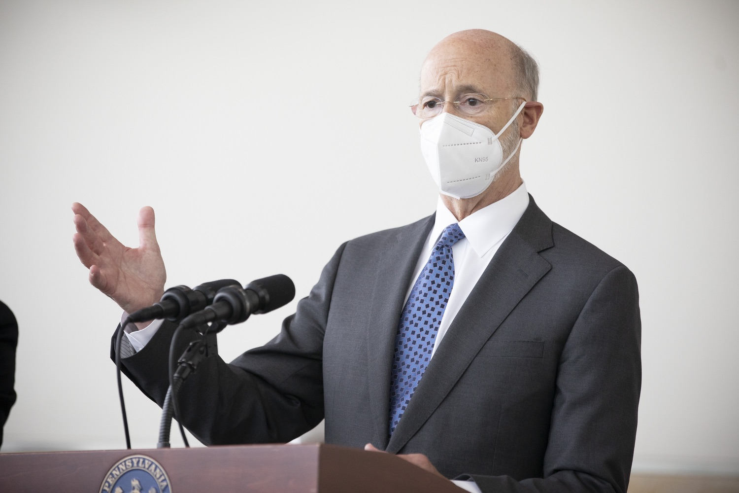 """<a href=""""https://filesource.wostreaming.net/commonwealthofpa/photo/18716_gov_erieVaccination_dz_014.jpg"""" target=""""_blank"""">⇣Download Photo<br></a>Pennsylvania Governor Tom Wolf speaking with the press.  Governor Tom Wolf toured a COVID-19 vaccine clinic at the Bayfront Convention Center in Erie that is operated by the Erie County Department of Health and the Lake Erie College of Osteopathic Medicine (LECOM) Institute for Successful Aging. The governor discussed the states vaccination effort and reminded all Pennsylvanians the vaccine is available, free and safe.  Erie, PA  April 28, 2021"""