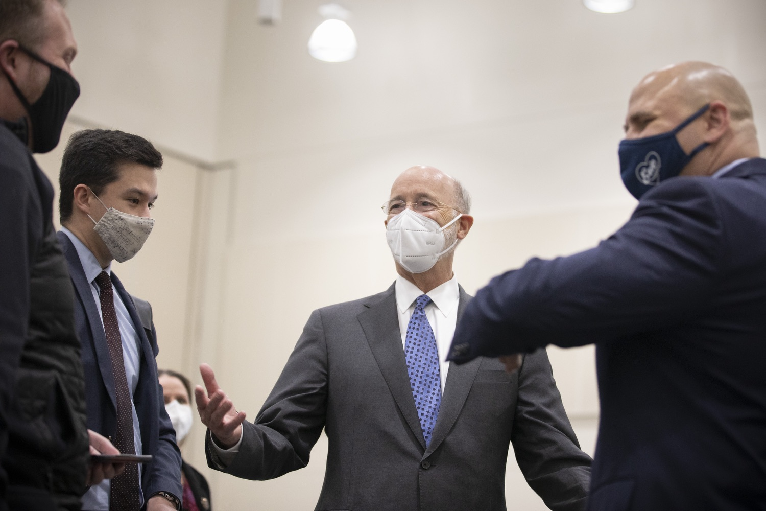 """<a href=""""https://filesource.wostreaming.net/commonwealthofpa/photo/18716_gov_erieVaccination_dz_018.jpg"""" target=""""_blank"""">⇣Download Photo<br></a>Pennsylvania Governor Tom Wolf touring the COVID-19 vaccine clinic and greeting workers. Governor Tom Wolf toured a COVID-19 vaccine clinic at the Bayfront Convention Center in Erie that is operated by the Erie County Department of Health and the Lake Erie College of Osteopathic Medicine (LECOM) Institute for Successful Aging. The governor discussed the states vaccination effort and reminded all Pennsylvanians the vaccine is available, free and safe.  Erie, PA  April 28, 2021"""