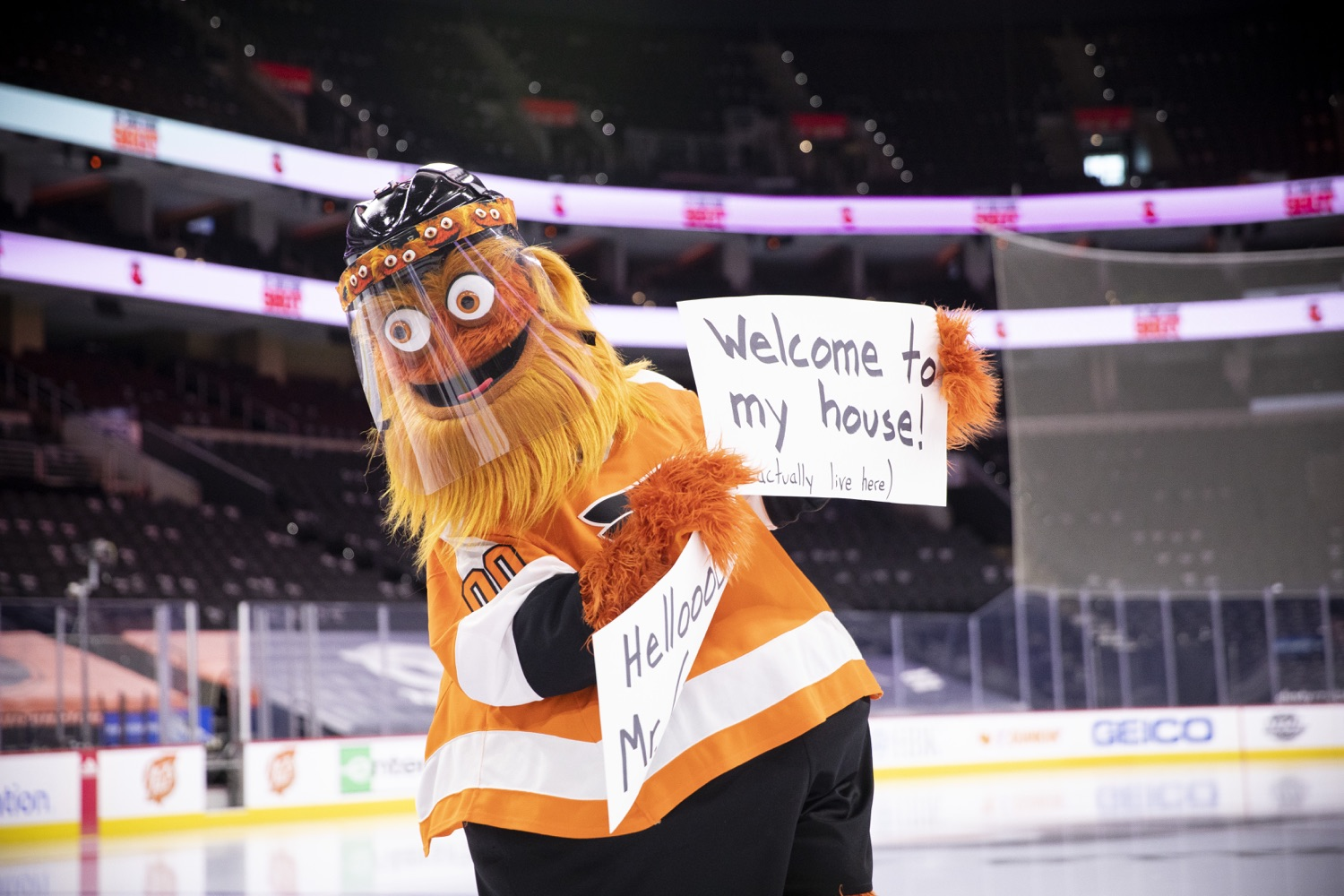 """<a href=""""https://filesource.wostreaming.net/commonwealthofpa/photo/18727_gov_vaccines_dz_008.jpg"""" target=""""_blank"""">⇣Download Photo<br></a>Philadelphia Flyers' mascot Gritty at the press conference.   Governor Tom Wolf today visited the Philadelphia Flyers organization at the Wells Fargo Center in Philadelphia to discuss COVID-19 vaccine efforts in Pennsylvania. The Flyers recently launched a comprehensive COVID-19 vaccine campaign, Take Your Shot, encouraging Pennsylvanians to get vaccinated.  Philadelphia, PA  MAY 3, 2021"""