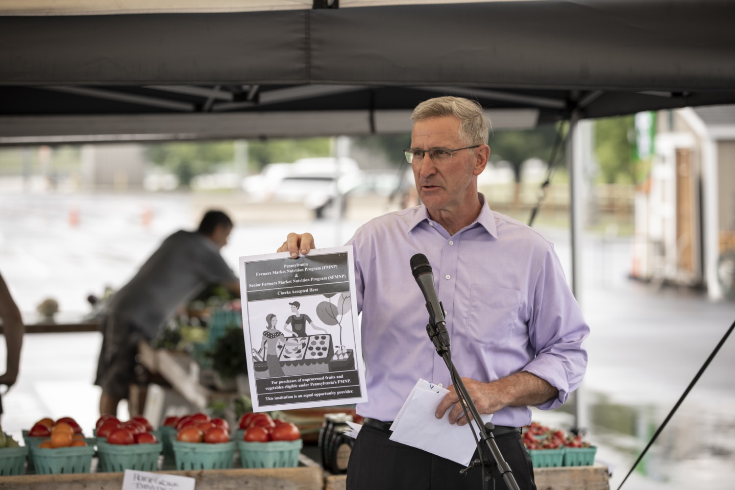 """<a href=""""https://filesource.wostreaming.net/commonwealthofpa/photo/18790_Agr_Farm_Market_01.jpg"""" target=""""_blank"""">⇣Download Photo<br></a>At the Open-Air Farmers Market at the Farm Show Complex in Harrisburg today, Wolf Administration officials reminded Pennsylvanias low-income seniors and WIC recipients to obtain and use their vouchers from the Pennsylvania Farmers Market Nutrition Program (FMNP) to purchase fresh, local fruits, vegetables, and herbs from FMNP-approved farmers at farmers markets and farm stands across the commonwealth."""