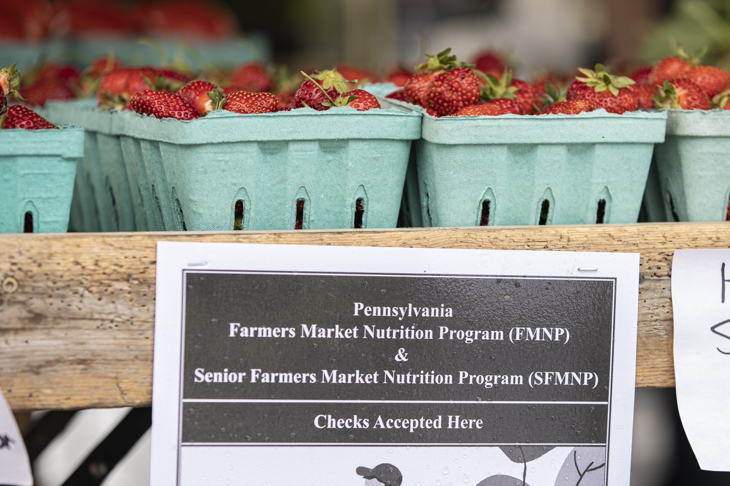 """<a href=""""https://filesource.wostreaming.net/commonwealthofpa/photo/18790_Agr_Farm_Market_10.jpg"""" target=""""_blank"""">⇣Download Photo<br></a>At the Open-Air Farmers Market at the Farm Show Complex in Harrisburg today, Wolf Administration officials reminded Pennsylvanias low-income seniors and WIC recipients to obtain and use their vouchers from the Pennsylvania Farmers Market Nutrition Program (FMNP) to purchase fresh, local fruits, vegetables, and herbs from FMNP-approved farmers at farmers markets and farm stands across the commonwealth."""