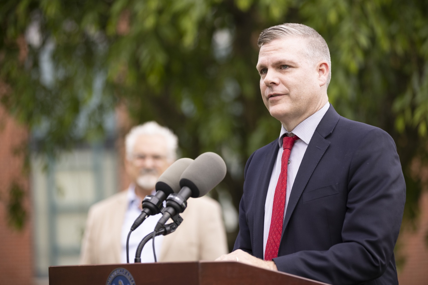 """<a href=""""https://filesource.wostreaming.net/commonwealthofpa/photo/18796_gov_charterSchool_dz_013.jpg"""" target=""""_blank"""">⇣Download Photo<br></a>Superintendent Brian Bliss, Solanco School District speaking with the press.  With overwhelming support among school districts for his charter school accountability plan, Governor Tom Wolf visited J.P. McCaskey High School in Lancaster today to discuss his bipartisan proposal that saves an estimated $395 million a year. Lancaster, PA  June 01, 2021"""