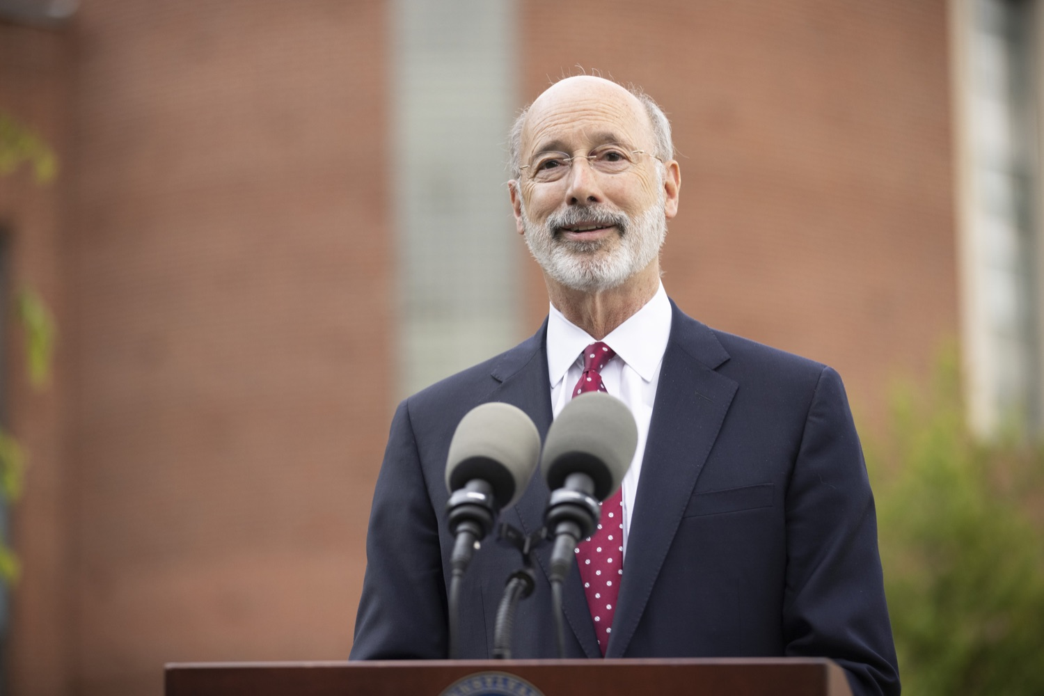 """<a href=""""https://filesource.wostreaming.net/commonwealthofpa/photo/18796_gov_charterSchool_dz_014.jpg"""" target=""""_blank"""">⇣Download Photo<br></a>Pennsylvania Governor Tom Wolf speaking with the press.  With overwhelming support among school districts for his charter school accountability plan, Governor Tom Wolf visited J.P. McCaskey High School in Lancaster today to discuss his bipartisan proposal that saves an estimated $395 million a year. Lancaster, PA  June 01, 2021"""