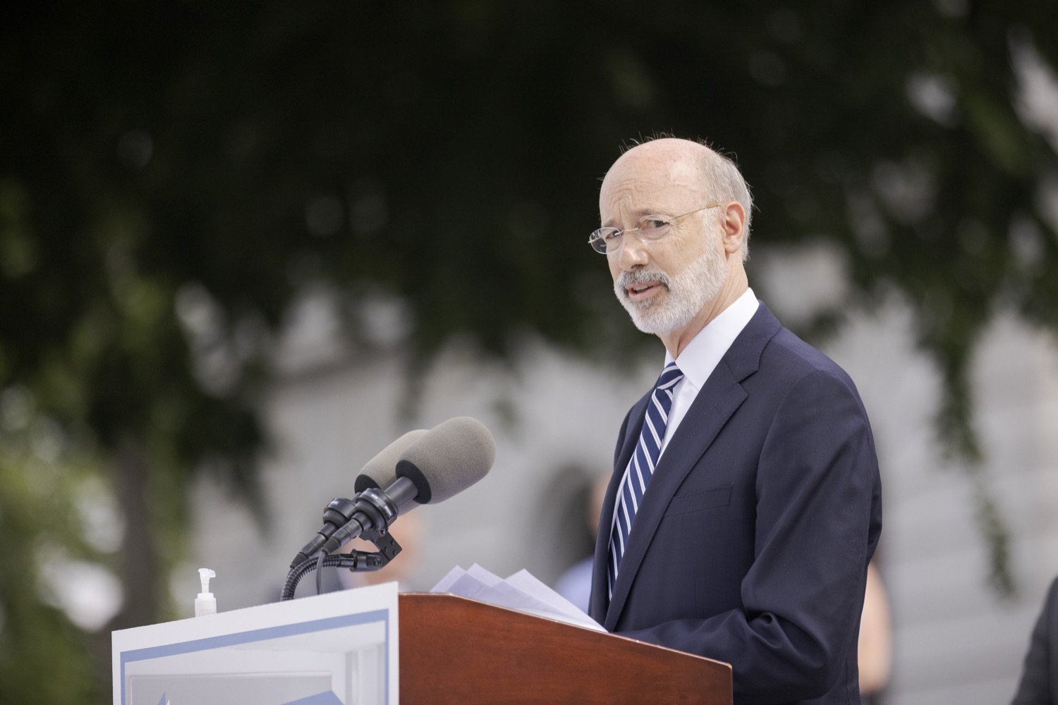 """<a href=""""https://filesource.wostreaming.net/commonwealthofpa/photo/18810_gov_fairFunding_dz_017.jpg"""" target=""""_blank"""">⇣Download Photo<br></a>Pennsylvania Governor Tom Wolf speaking with the press.  Continuing their commitment to students and working families, Governor Tom Wolf and House and Senate Democratic Leaders held a Capitol press conference today to highlight the injustice in the states school funding system and call for fair funding of every district.  Harrisburg, PA   June 8, 2021"""