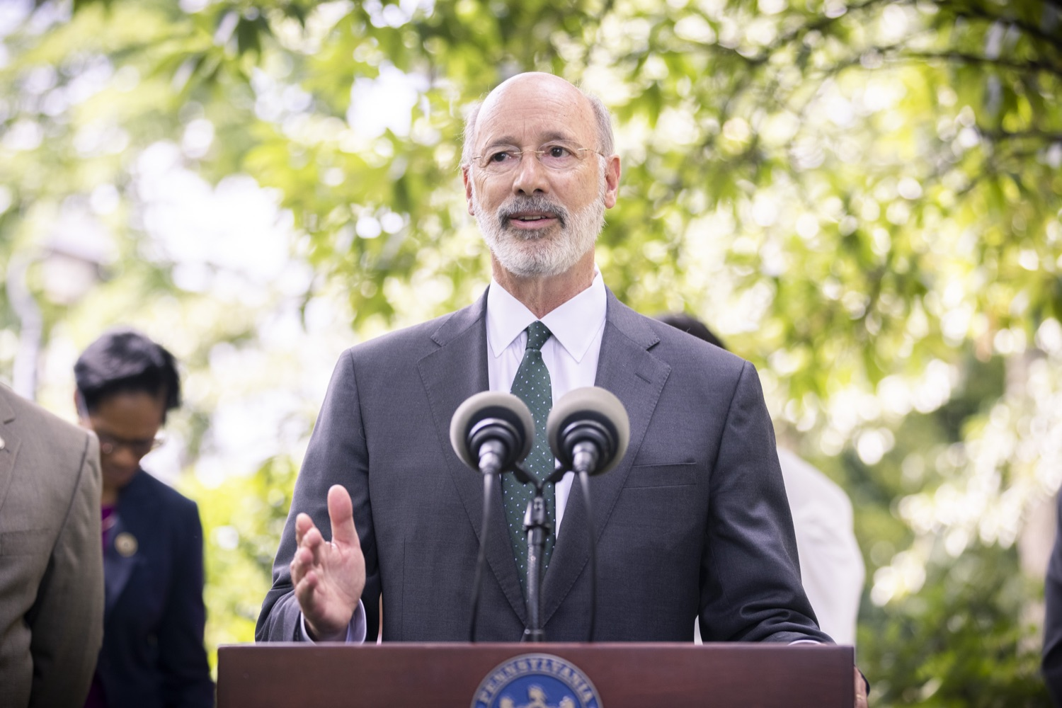 """<a href=""""https://filesource.wostreaming.net/commonwealthofpa/photo/18819_gov_reprodRights_dz_001.jpg"""" target=""""_blank"""">⇣Download Photo<br></a>Pennsylvania Governor Tom Wolf speaking with the press. Governor Wolf will discuss proposed anti-choice legislation that is moving through the House of Representatives and reaffirm that he will veto this damaging legislation.  JUNE 10, 2021 - PHILADELPHIA, PA"""