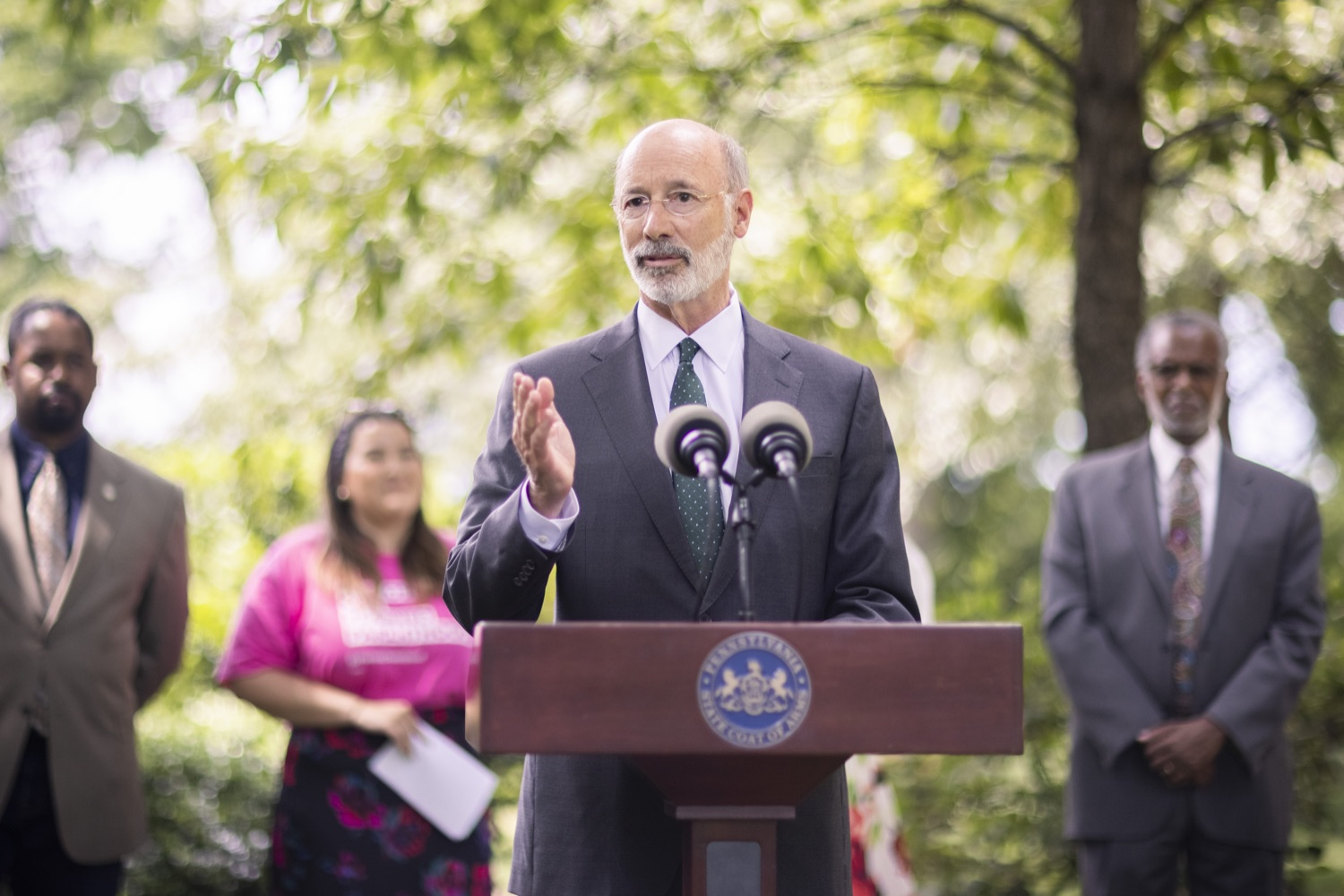 """<a href=""""https://filesource.wostreaming.net/commonwealthofpa/photo/18819_gov_reprodRights_dz_004.jpg"""" target=""""_blank"""">⇣Download Photo<br></a>Pennsylvania Governor Tom Wolf speaking with the press. Governor Wolf will discuss proposed anti-choice legislation that is moving through the House of Representatives and reaffirm that he will veto this damaging legislation.  JUNE 10, 2021 - PHILADELPHIA, PA"""