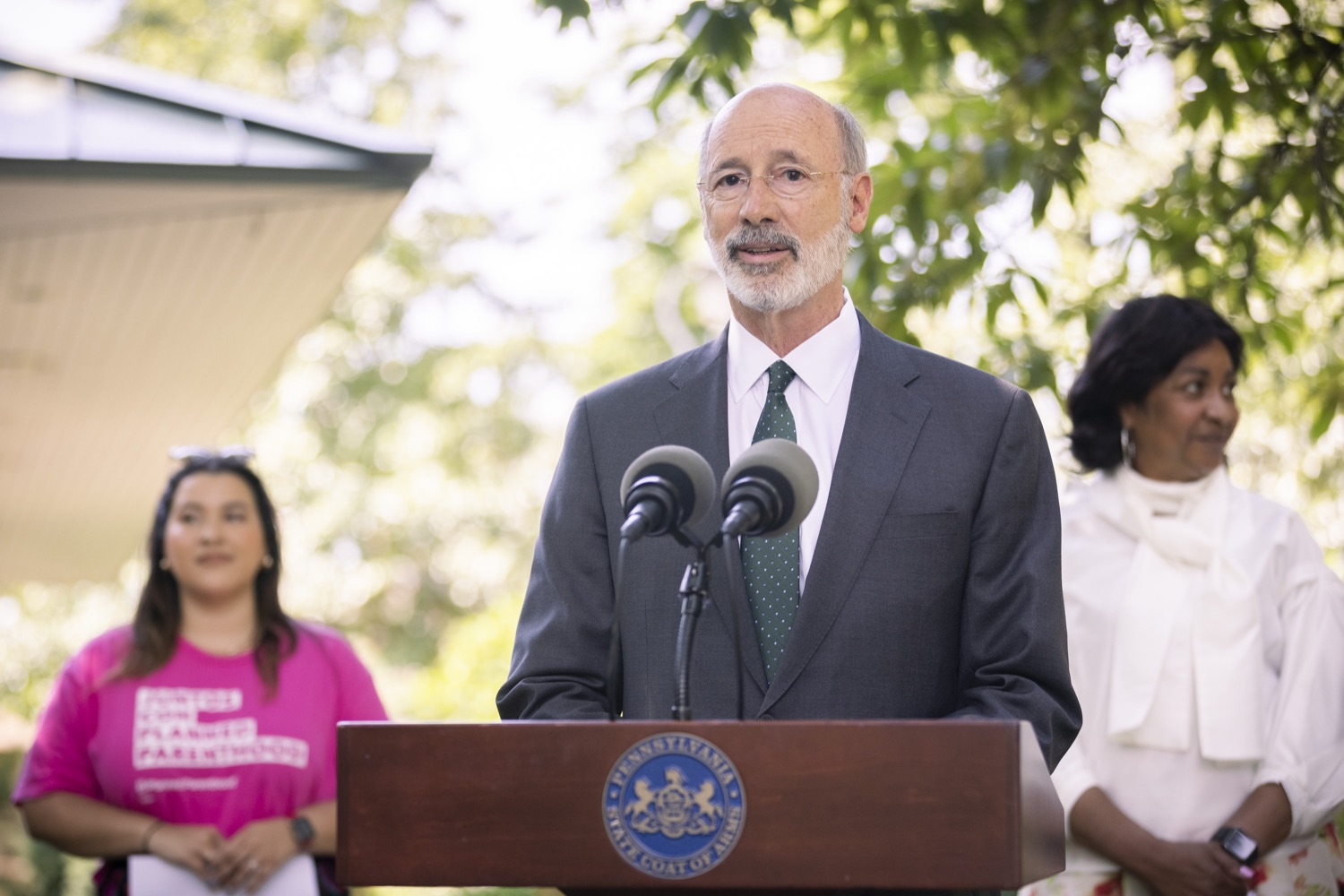 """<a href=""""https://filesource.wostreaming.net/commonwealthofpa/photo/18819_gov_reprodRights_dz_011.jpg"""" target=""""_blank"""">⇣Download Photo<br></a>Pennsylvania Governor Tom Wolf speaking with the press. Pennsylvania Governor Tom Wolf speaking with the press. Governor Wolf will discuss proposed anti-choice legislation that is moving through the House of Representatives and reaffirm that he will veto this damaging legislation.  JUNE 10, 2021 - PHILADELPHIA, PA"""