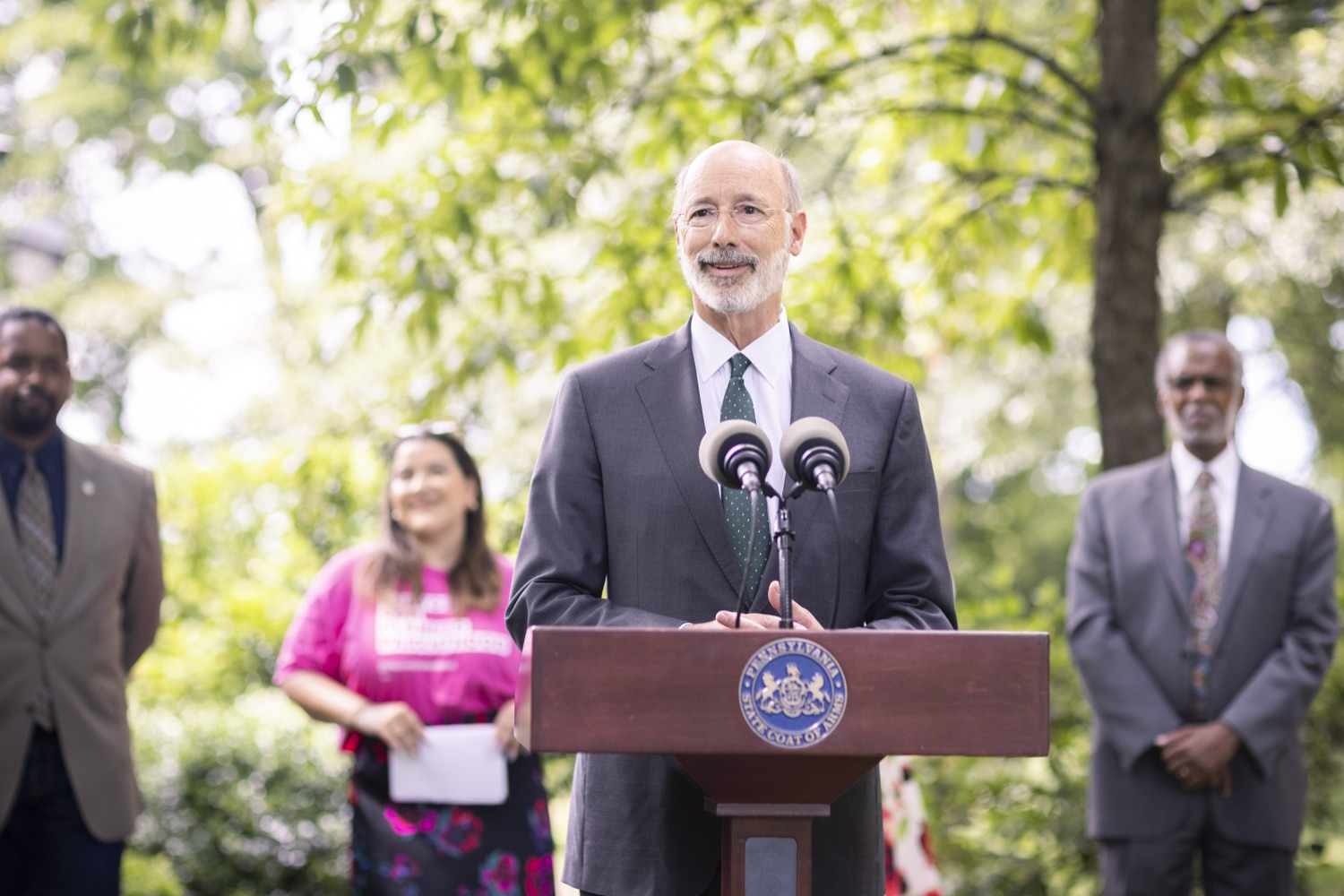 """<a href=""""https://filesource.wostreaming.net/commonwealthofpa/photo/18819_gov_reprodRights_dz_013.jpg"""" target=""""_blank"""">⇣Download Photo<br></a>Pennsylvania Governor Tom Wolf speaking with the press. Pennsylvania Governor Tom Wolf speaking with the press. Governor Wolf will discuss proposed anti-choice legislation that is moving through the House of Representatives and reaffirm that he will veto this damaging legislation.  JUNE 10, 2021 - PHILADELPHIA, PA"""