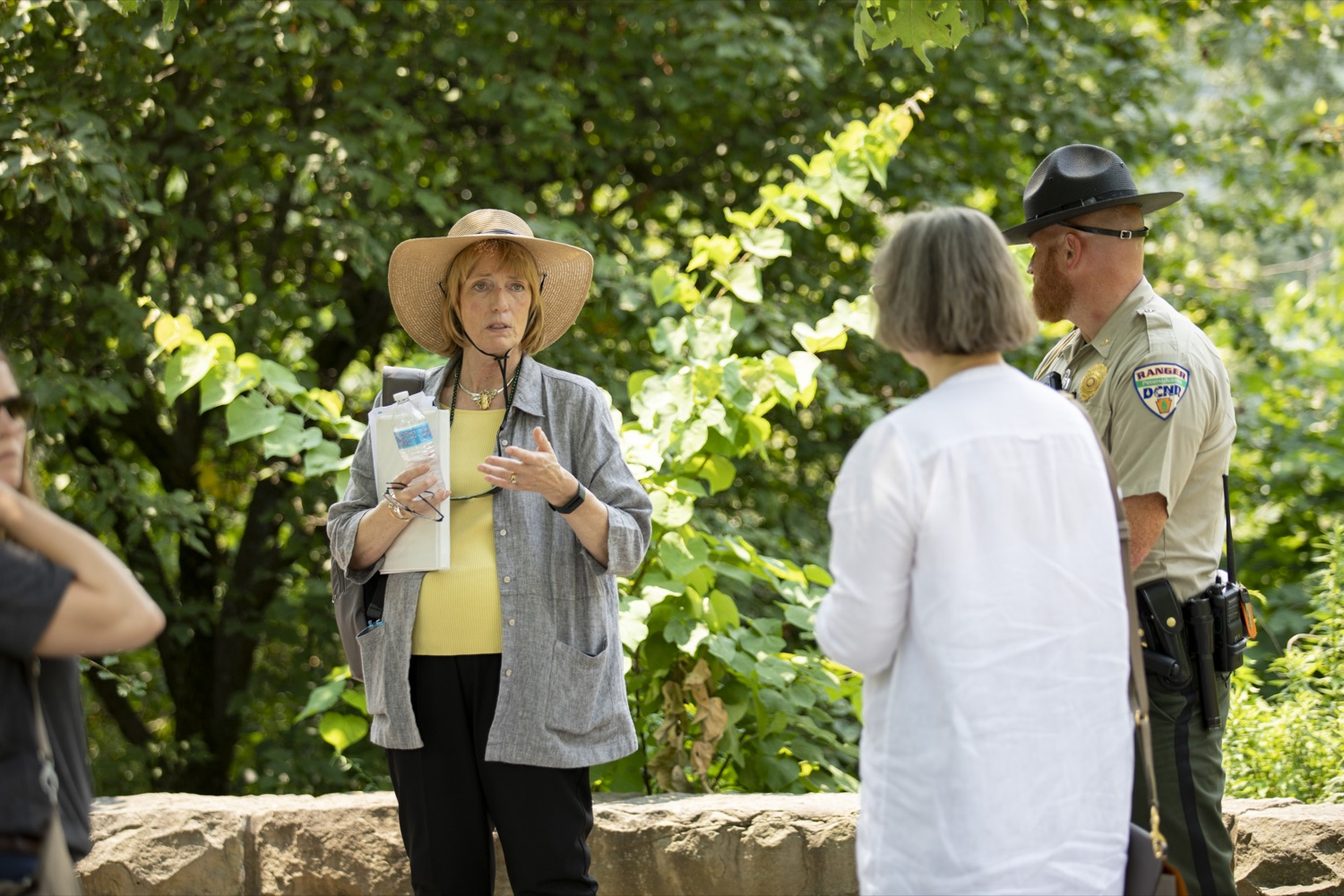 """<a href=""""https://filesource.wostreaming.net/commonwealthofpa/photo/18880_fl_outdooropportunites_cz_19.jpg"""" target=""""_blank"""">⇣Download Photo<br></a>Secretary of DCNR Cindy Dunn tours Point State Park to promote outdoor opportunities, in Pittsburgh, PA on July 7, 2021."""
