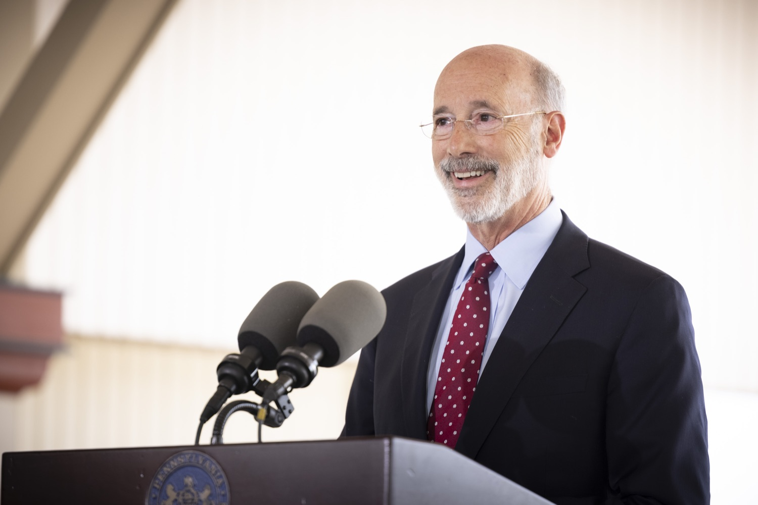"""<a href=""""https://filesource.wostreaming.net/commonwealthofpa/photo/18932_gov_chirp_dz_001.jpg"""" target=""""_blank"""">⇣Download Photo<br></a>Pennsylvania Governor Tom Wolf speaking with the press.  Governor Tom Wolf today joined the Pennsylvania Department of Community and Economic Development, Bucks County Commissioners, Bristol Borough Mayor Joseph Saxton, local lawmakers, Bucks County Economic Development Corporation, Visit Bucks County, the Bucks County Redevelopment Authority, and the owners of Itri Wood Fired to highlight the $7 million in grant funding provided to Bucks County restaurants through the COVID-19 Hospitality Industry Recovery Program(CHIRP).  JULY 16, 2021 - BRISTOL, PA"""