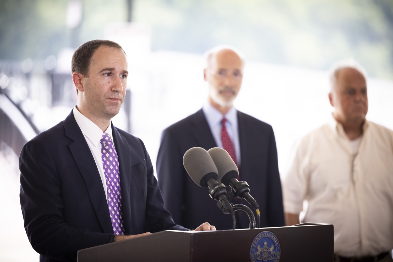 """<a href=""""https://filesource.wostreaming.net/commonwealthofpa/photo/18932_gov_chirp_dz_008.jpg"""" target=""""_blank"""">⇣Download Photo<br></a>Steve DEttorre, Deputy Secretary, DCED speaking with the press.  Governor Tom Wolf today joined the Pennsylvania Department of Community and Economic Development, Bucks County Commissioners, Bristol Borough Mayor Joseph Saxton, local lawmakers, Bucks County Economic Development Corporation, Visit Bucks County, the Bucks County Redevelopment Authority, and the owners of Itri Wood Fired to highlight the $7 million in grant funding provided to Bucks County restaurants through the COVID-19 Hospitality Industry Recovery Program(CHIRP).  JULY 16, 2021 - BRISTOL, PA"""