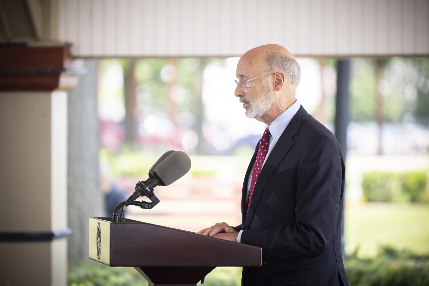 """<a href=""""https://filesource.wostreaming.net/commonwealthofpa/photo/18932_gov_chirp_dz_012.jpg"""" target=""""_blank"""">⇣Download Photo<br></a>Pennsylvania Governor Tom Wolf speaking with the press.  Governor Tom Wolf today joined the Pennsylvania Department of Community and Economic Development, Bucks County Commissioners, Bristol Borough Mayor Joseph Saxton, local lawmakers, Bucks County Economic Development Corporation, Visit Bucks County, the Bucks County Redevelopment Authority, and the owners of Itri Wood Fired to highlight the $7 million in grant funding provided to Bucks County restaurants through the COVID-19 Hospitality Industry Recovery Program(CHIRP).  JULY 16, 2021 - BRISTOL, PA"""