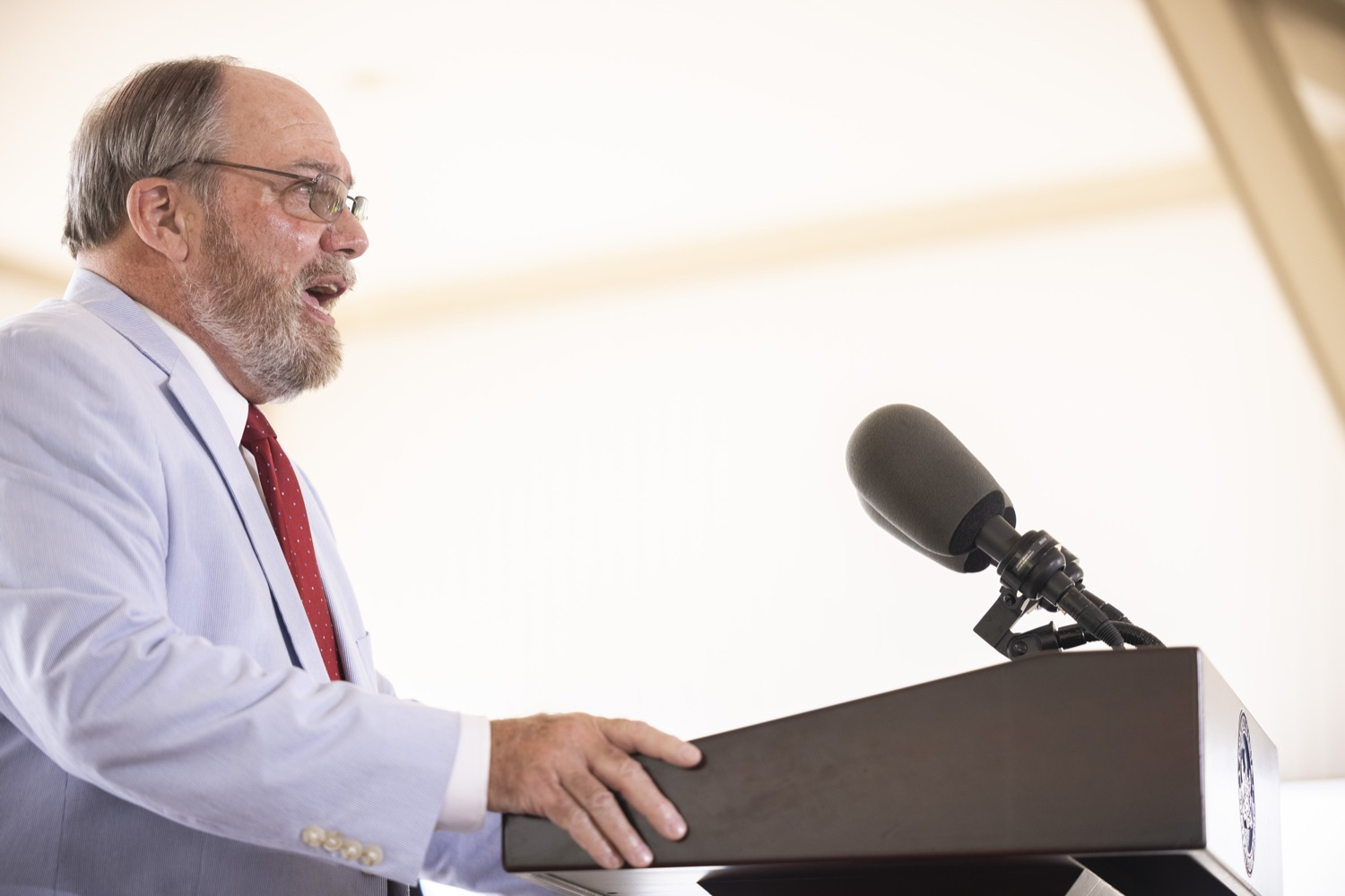 """<a href=""""https://filesource.wostreaming.net/commonwealthofpa/photo/18932_gov_chirp_dz_017.jpg"""" target=""""_blank"""">⇣Download Photo<br></a>Governor Tom Wolf today joined the Pennsylvania Department of Community and Economic Development, Bucks County Commissioners, Bristol Borough Mayor Joseph Saxton, local lawmakers, Bucks County Economic Development Corporation, Visit Bucks County, the Bucks County Redevelopment Authority, and the owners of Itri Wood Fired to highlight the $7 million in grant funding provided to Bucks County restaurants through the COVID-19 Hospitality Industry Recovery Program(CHIRP).  JULY 16, 2021 - BRISTOL, PA"""