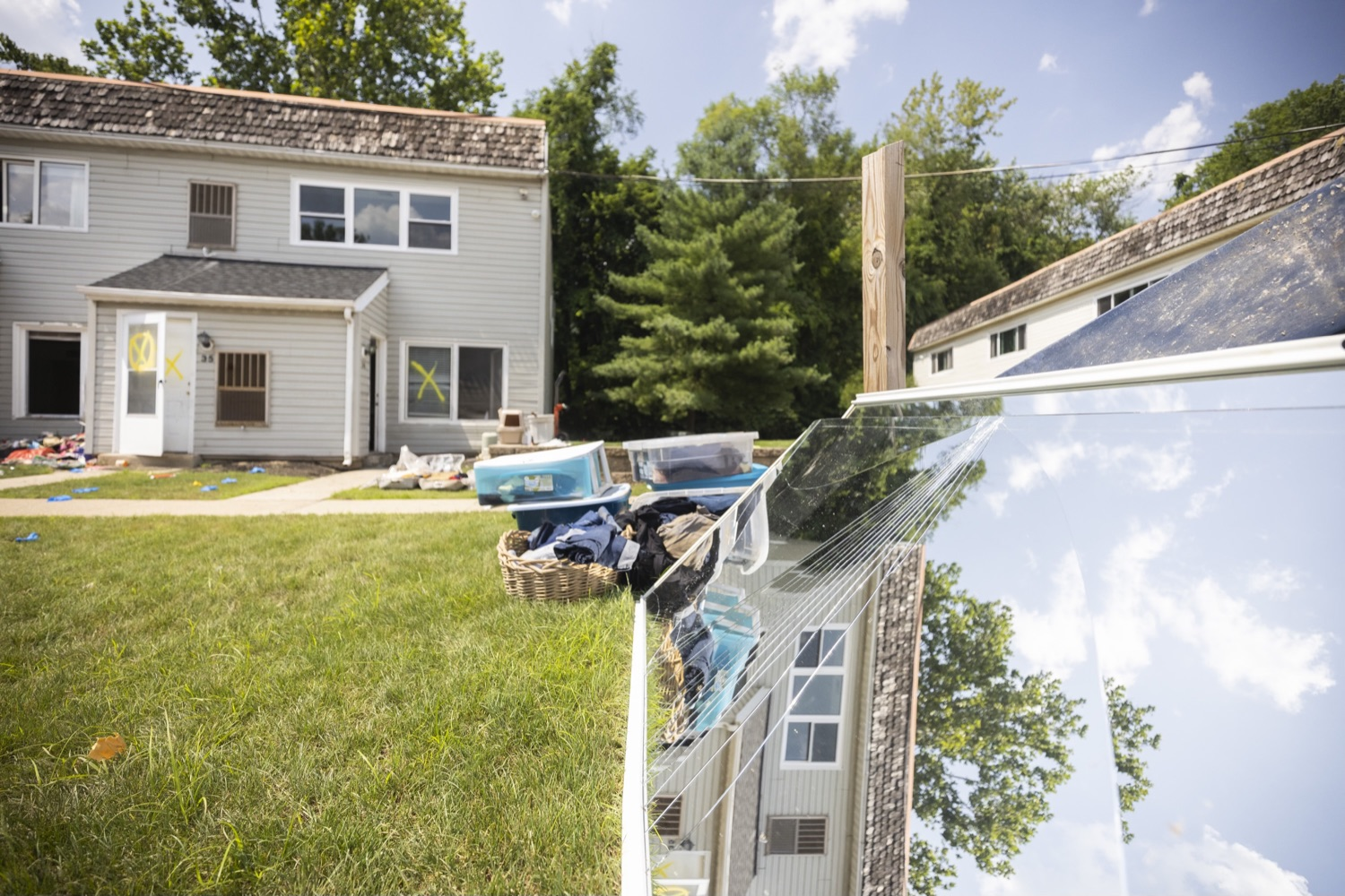 """<a href=""""https://filesource.wostreaming.net/commonwealthofpa/photo/18934_gov_stormDamage_06.jpg"""" target=""""_blank"""">⇣Download Photo<br></a>Gov. Wolf Tours Bucks County Communities Affected by Severe Weather, Flooding"""