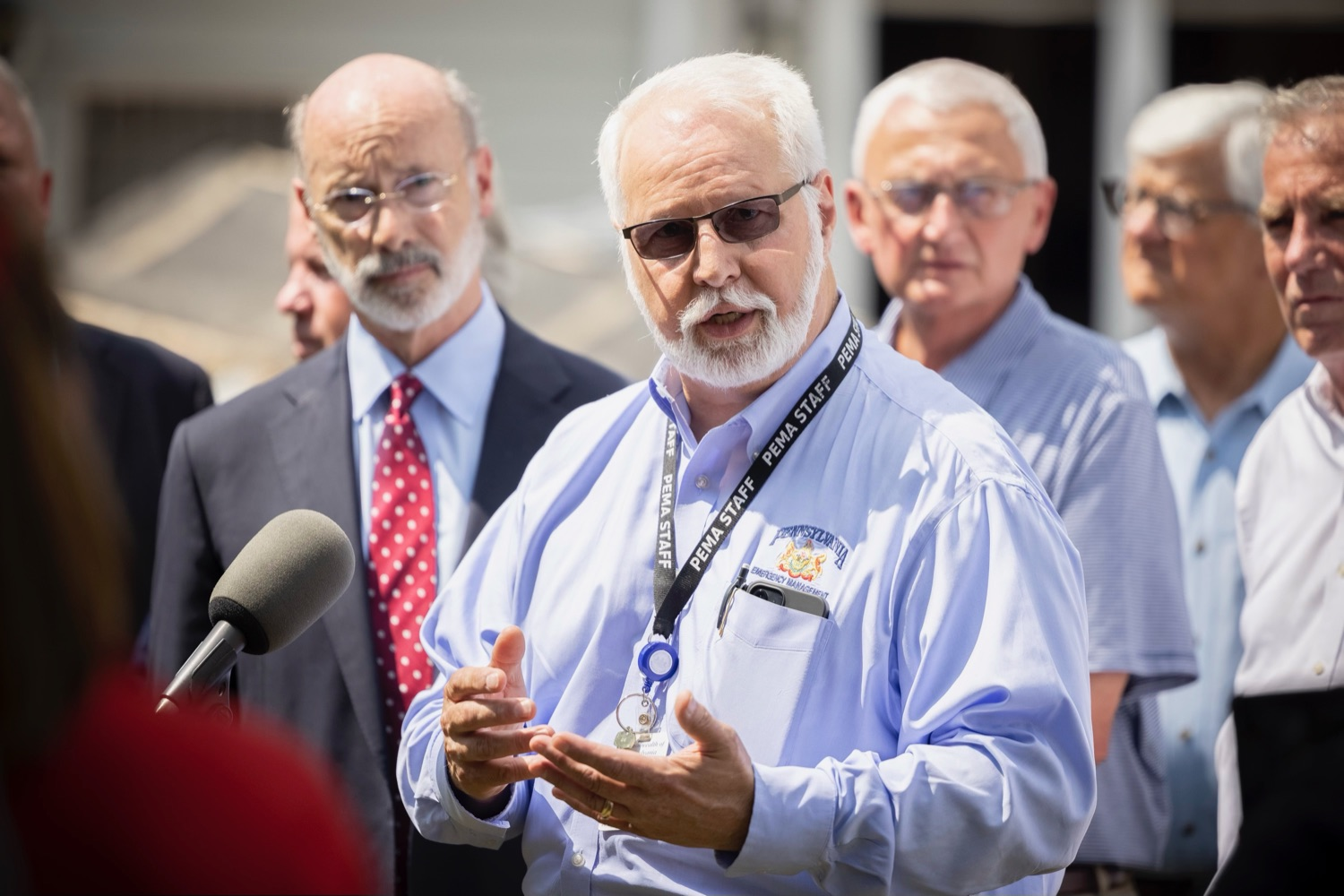 """<a href=""""https://filesource.wostreaming.net/commonwealthofpa/photo/18934_gov_stormDamage_14.jpg"""" target=""""_blank"""">⇣Download Photo<br></a>Gov. Wolf Tours Bucks County Communities Affected by Severe Weather, Flooding"""