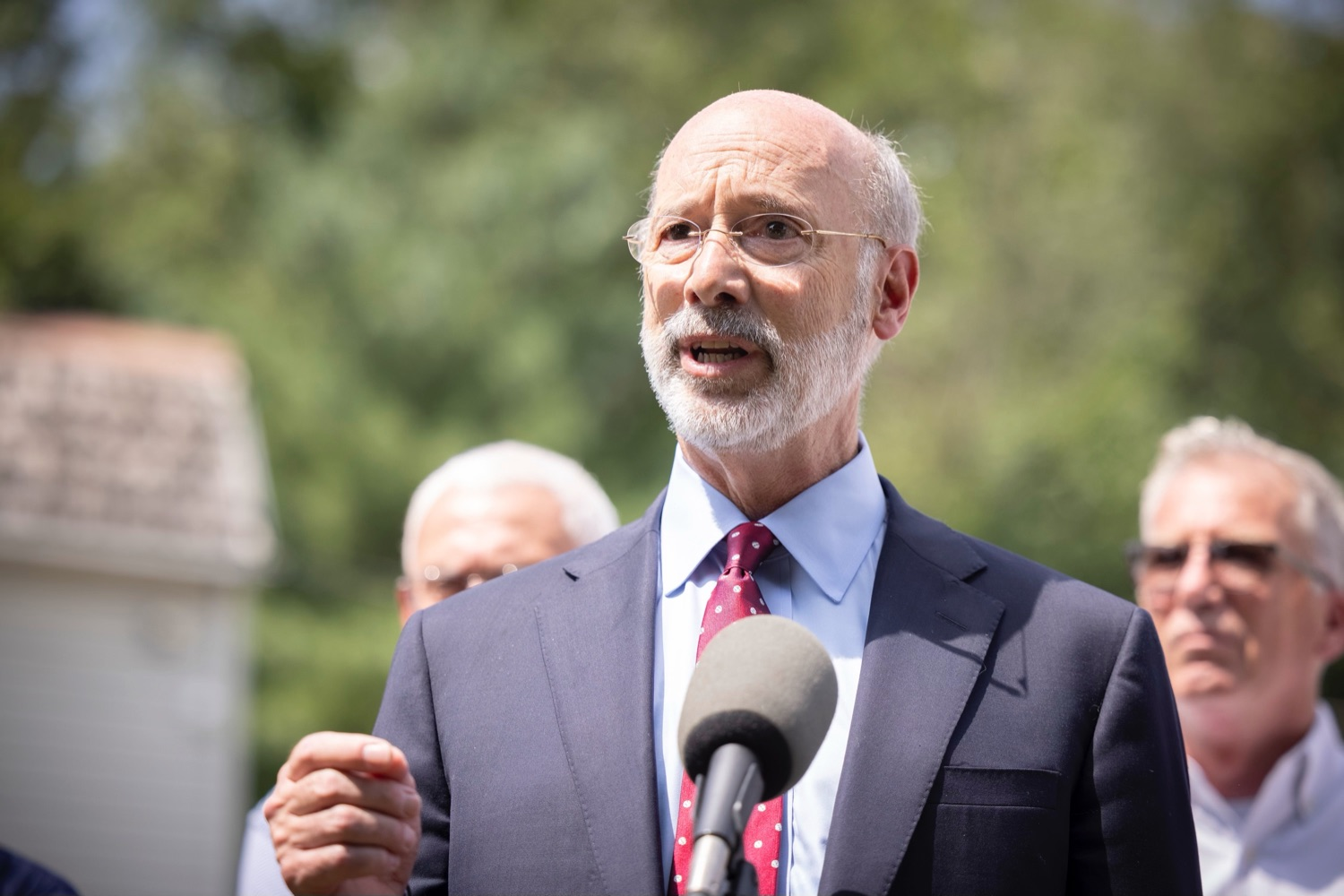 """<a href=""""https://filesource.wostreaming.net/commonwealthofpa/photo/18934_gov_stormDamage_17.jpg"""" target=""""_blank"""">⇣Download Photo<br></a>Gov. Wolf Tours Bucks County Communities Affected by Severe Weather, Flooding"""