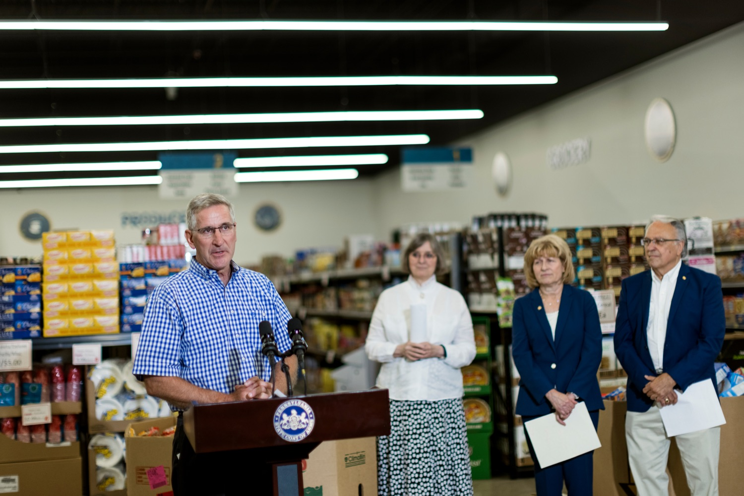 """<a href=""""https://filesource.wostreaming.net/commonwealthofpa/photo/18939_AGRIC_FL_Urban_Farms_NK_004.jpg"""" target=""""_blank"""">⇣Download Photo<br></a>PA Dept. of Agriculture Secretary Russell Redding speaks inside Treasures Markets in Lancaster on Monday, July 19, 2021. The Treasures of Hope Foundation and Treasures Markets were formed in February 2018 to bring back groceries to Lancaster City. Treasures of Hope is a 501C3 and Treasures Markets is an LLC social enterprise under Treasures of Hope. All profits from Treasures Markets go to Treasures of Hope which distributes them to other 501C3 organizations that feed the hungry and homeless."""