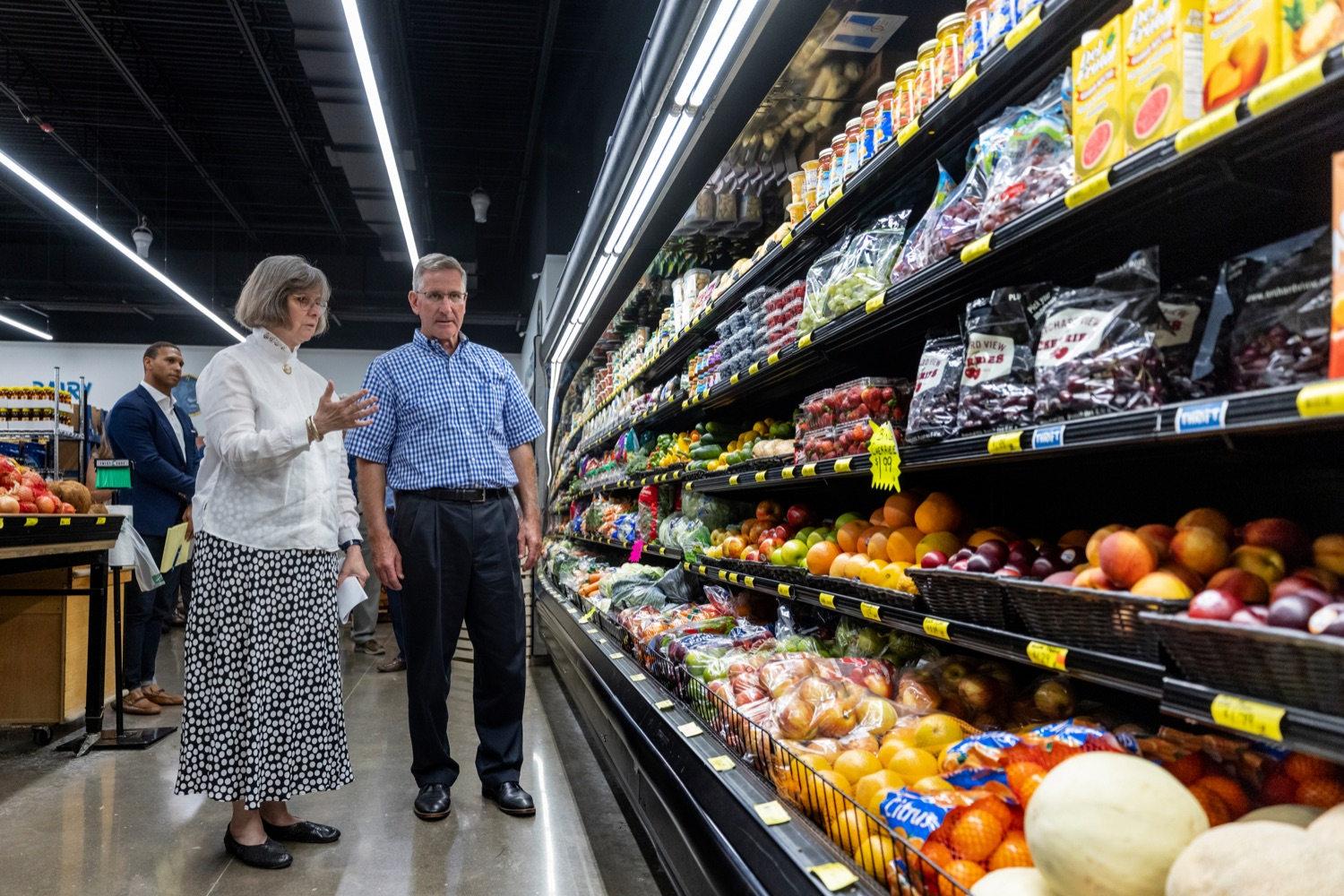 """<a href=""""https://filesource.wostreaming.net/commonwealthofpa/photo/18939_AGRIC_FL_Urban_Farms_NK_007.jpg"""" target=""""_blank"""">⇣Download Photo<br></a>Pennsylvania First Lady Frances Wolf walks with PA Dept. of Agriculture Secretary Russell Redding inside Treasures Markets in Lancaster on Monday, July 19, 2021. The Treasures of Hope Foundation and Treasures Markets were formed in February 2018 to bring back groceries to Lancaster City. Treasures of Hope is a 501C3 and Treasures Markets is an LLC social enterprise under Treasures of Hope. All profits from Treasures Markets go to Treasures of Hope which distributes them to other 501C3 organizations that feed the hungry and homeless."""