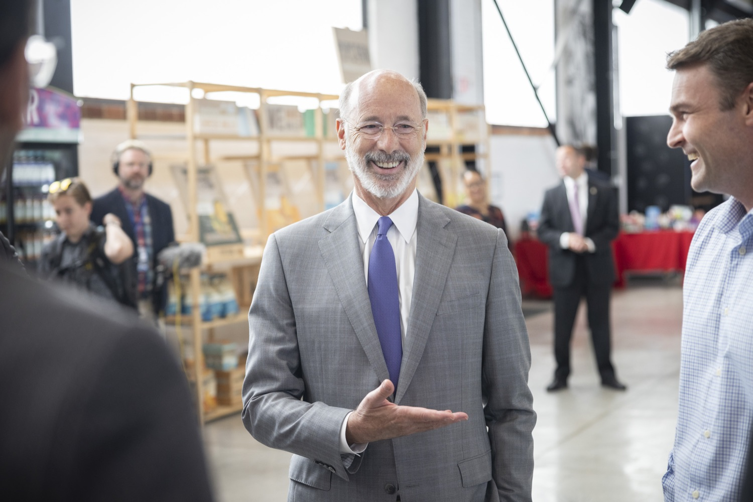 """<a href=""""https://filesource.wostreaming.net/commonwealthofpa/photo/18941_gov_economicDevelopment_dz_015.jpg"""" target=""""_blank"""">⇣Download Photo<br></a>Keith Caldwell, Partner  Factory LLC giving Pennsylvania Governor Tom Wolf a tour of Factory LLC.  Governor Tom Wolf today visited Factory LLC in Bethlehem to tour the facility and highlight the importance of investing in Pennsylvanias start-up companies. During the visit, he met with companies affiliated with Factory, including Stuffed Puffs®, which received a $1 million funding proposal from the commonwealth in 2019 to expand its manufacturing operations and create jobs, Mikeys®, Pipcorn®, Honey Stinger®, and ROAR® Organic. Bethlehem, PA  July 19, 2021"""