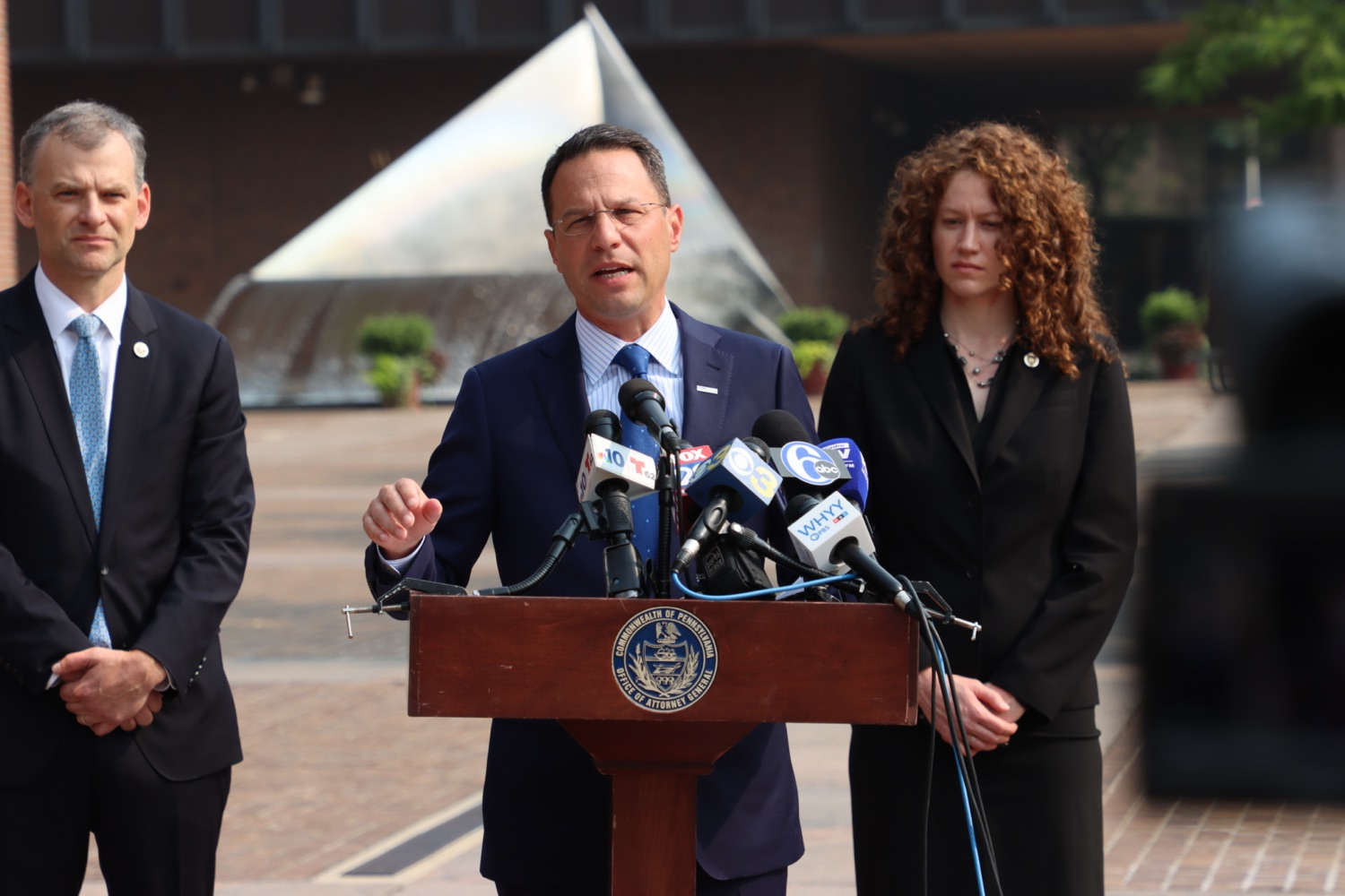 """<a href=""""https://filesource.wostreaming.net/commonwealthofpa/photo/18943_oag_USPSphila_00007.JPG"""" target=""""_blank"""">⇣Download Photo<br></a>AG Shapiro Takes Postmaster DeJoy To Court Over Illegal Cuts Hurting Seniors, Veterans"""