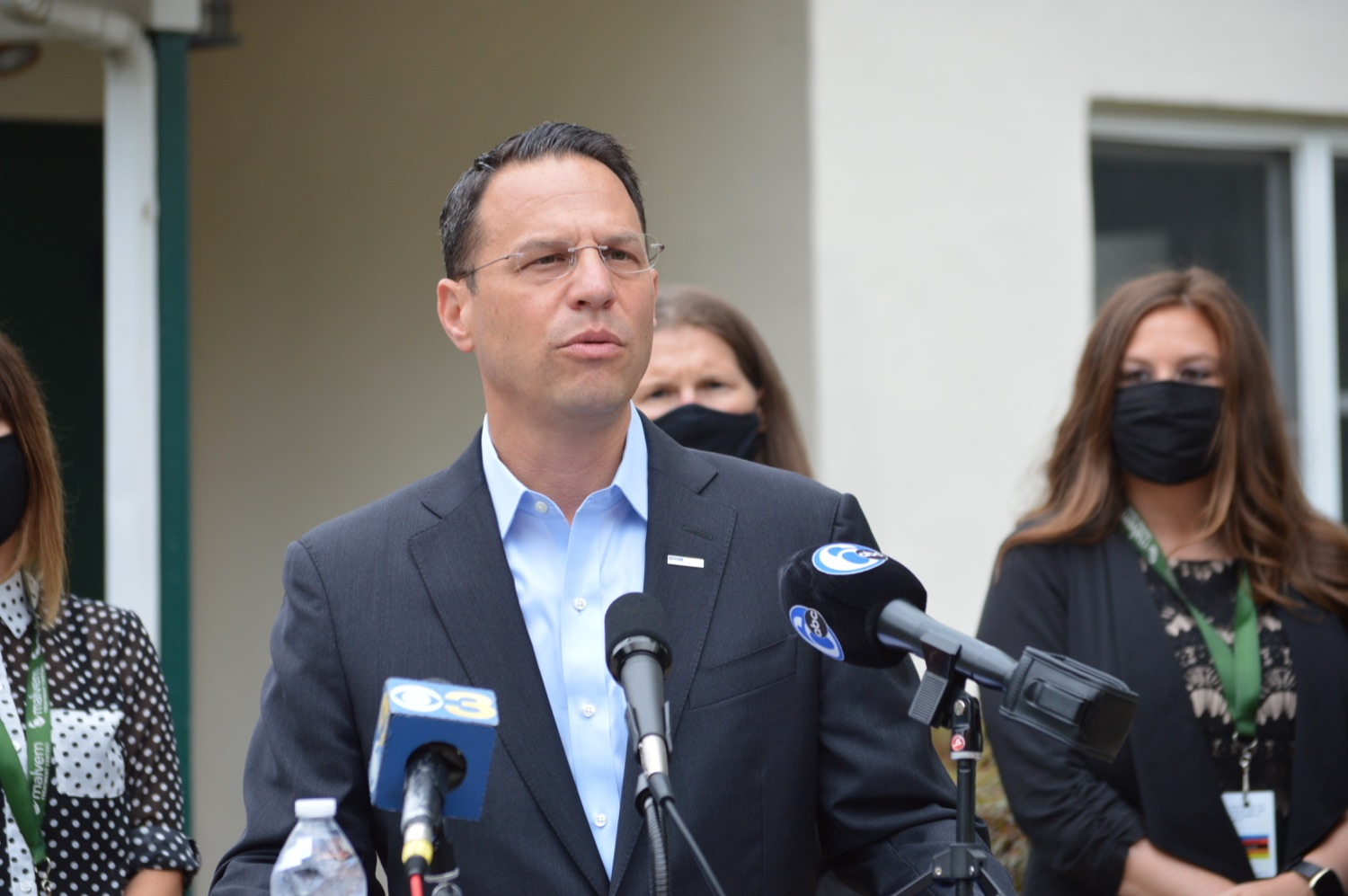 """<a href=""""https://filesource.wostreaming.net/commonwealthofpa/photo/18988_oag_whitehall_05.JPG"""" target=""""_blank"""">⇣Download Photo<br></a>AG Shapiro Meets With Malvern Treatment Center Staff To Discuss Opioid Treatment Efforts"""