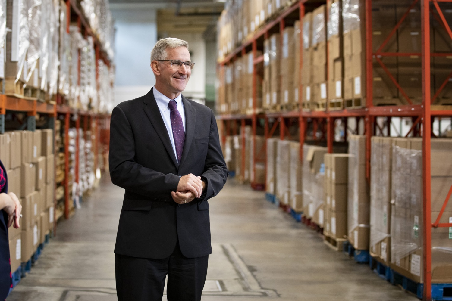 """<a href=""""https://filesource.wostreaming.net/commonwealthofpa/photo/19091_ag_doordash_cz_22.jpg"""" target=""""_blank"""">⇣Download Photo<br></a>Department of Agriculture Secretary Russell Redding tours the Westmoreland Food Bank, in Delmont, PA on September 23, 2021."""
