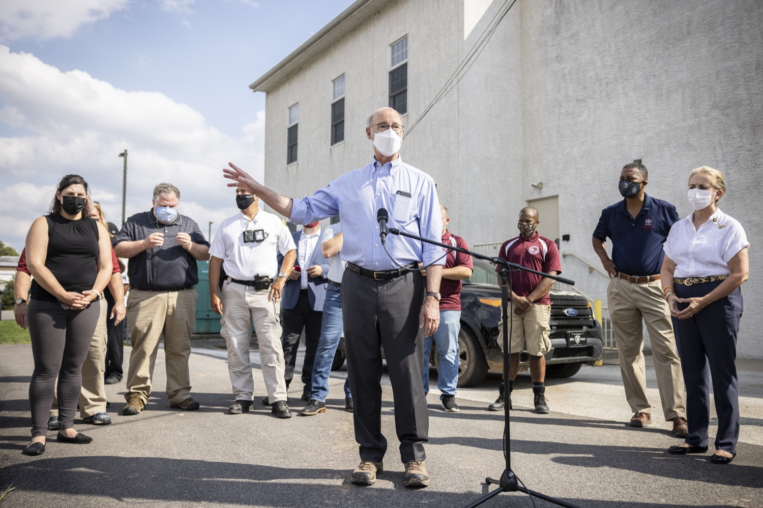 """<a href=""""https://filesource.wostreaming.net/commonwealthofpa/photo/19109_gov_stormDamage_dz_018.jpg"""" target=""""_blank"""">⇣Download Photo<br></a>Pennsylvania Governor Tom Wolf speaking with the press.   Governor Wolf visited the Borough of Bridgeport to tour some of the areas affected by the remnants of Ida. The governor, joined by local officials, viewed and discussed the impact to damaged areas, including businesses, homes and infrastructure. Bridgeport, PA - September 08, 2021"""