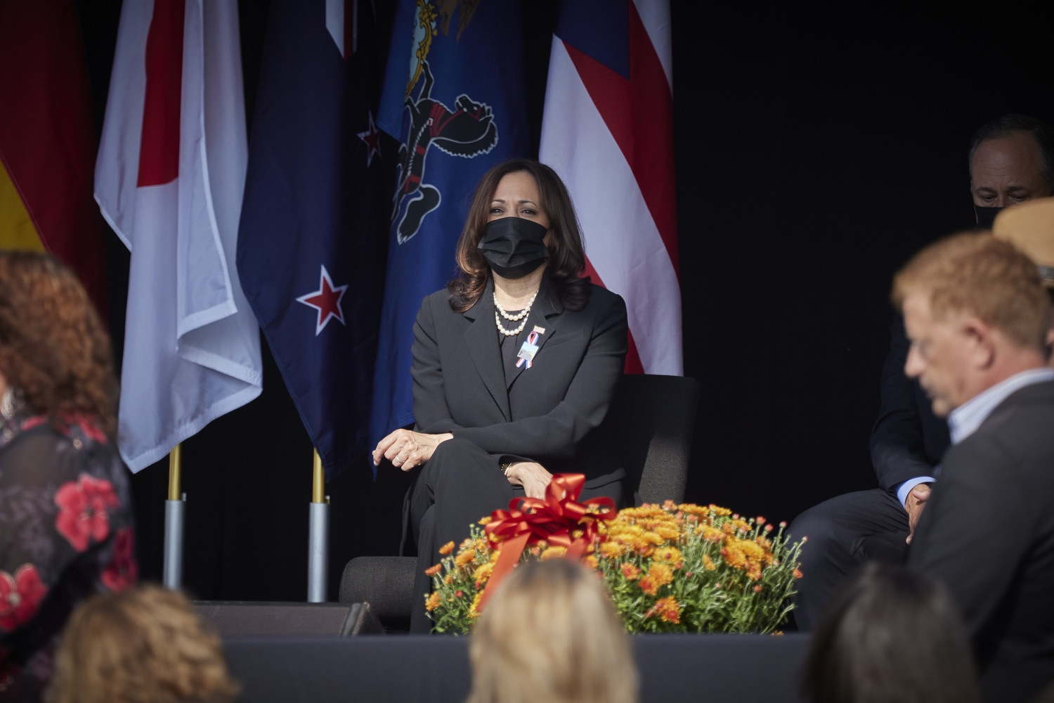 """<a href=""""https://filesource.wostreaming.net/commonwealthofpa/photo/19117_gov_Flight_93_Memorial_dz_010_copy.jpg"""" target=""""_blank"""">⇣Download Photo<br></a>Vice President of the United States of America Kamala Harris on  stage at the Flight 93 National Memorial for the 20th annual September 11 observance.  Today, Governor Tom Wolf visited the Flight 93 National Memorial for the 20th annual September 11 observance. Gov. Wolf joined families and guests to honor the passengers and crew of Flight 93. Flight 93 National Memorial, Shanksville, PA - September 11, 2021"""