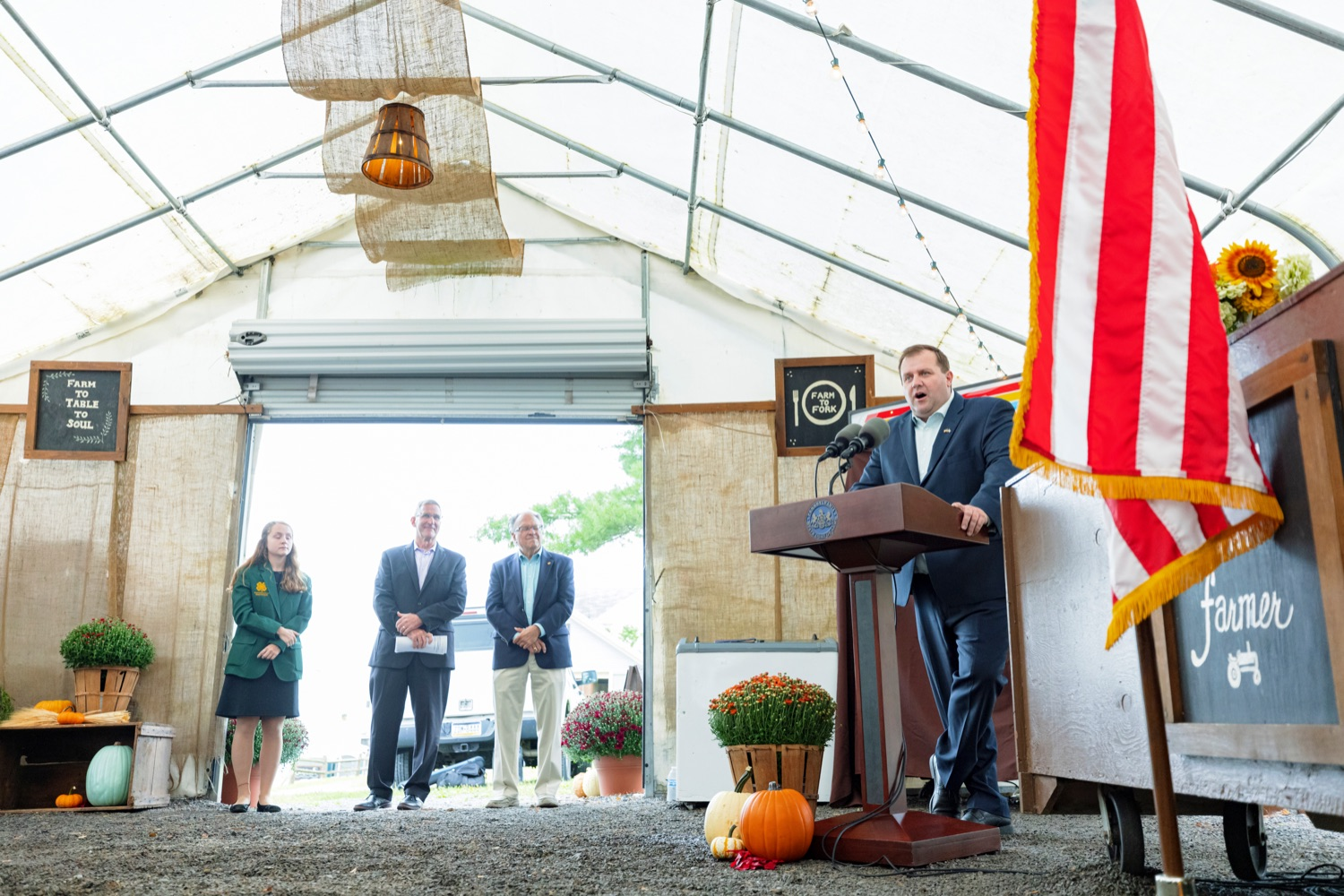 """<a href=""""https://filesource.wostreaming.net/commonwealthofpa/photo/19118_AG_FarmShowTheme_NK_009.jpg"""" target=""""_blank"""">⇣Download Photo<br></a>Nathan Tallman, executive director of the Pennsylvania Co-Operative Potato Growers, speaks during a press conference, which announced the 106th Pennsylvania Farm Show will run from Saturday, January 8 through Saturday, January 15 and will be hosted at the Pennsylvania Farm Show Complex in Harrisburg, at Vale Wood Farms in Loretto on Thursday, September 16, 2021."""