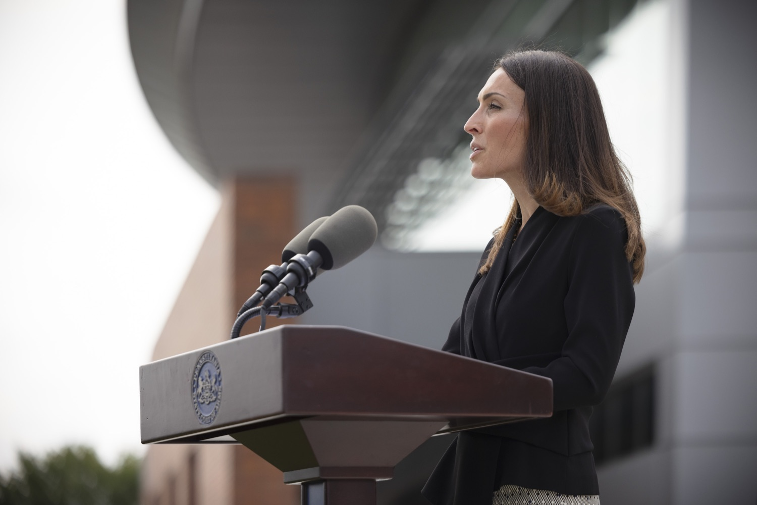"""<a href=""""https://filesource.wostreaming.net/commonwealthofpa/photo/19125_doh_breakthroughCases_dz_002.jpg"""" target=""""_blank"""">⇣Download Photo<br></a>Acting Secretary of Health Alison Beam speaking to the press.  The Pennsylvania Department of Health's report on COVID-19 post- vaccination cases, commonly known as breakthrough cases, shows the overwhelming majority of cases, hospitalizations and deaths in the state are among the unvaccinated.  Lancaster, PA - September 14, 2021"""