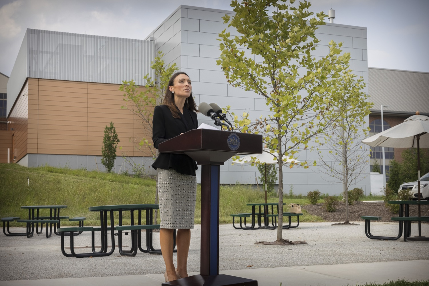 """<a href=""""https://filesource.wostreaming.net/commonwealthofpa/photo/19125_doh_breakthroughCases_dz_004.jpg"""" target=""""_blank"""">⇣Download Photo<br></a>Acting Secretary of Health Alison Beam speaking to the press.  The Pennsylvania Department of Health's report on COVID-19 post- vaccination cases, commonly known as breakthrough cases, shows the overwhelming majority of cases, hospitalizations and deaths in the state are among the unvaccinated.  Lancaster, PA - September 14, 2021"""