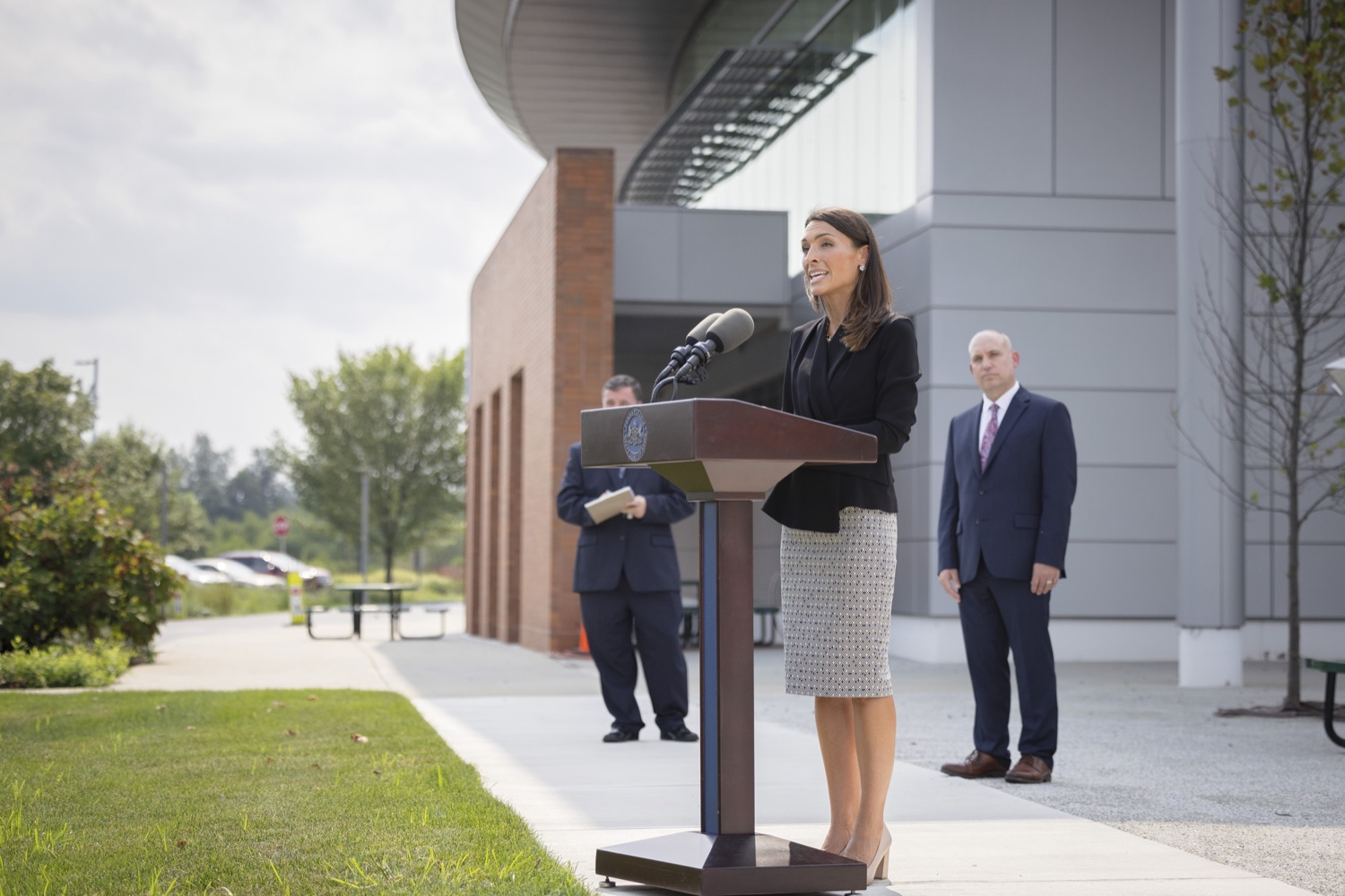 """<a href=""""https://filesource.wostreaming.net/commonwealthofpa/photo/19125_doh_breakthroughCases_dz_011.jpg"""" target=""""_blank"""">⇣Download Photo<br></a>Acting Secretary of Health Alison Beam speaking to the press.  The Pennsylvania Department of Health's report on COVID-19 post- vaccination cases, commonly known as breakthrough cases, shows the overwhelming majority of cases, hospitalizations and deaths in the state are among the unvaccinated.  Lancaster, PA - September 14, 2021"""