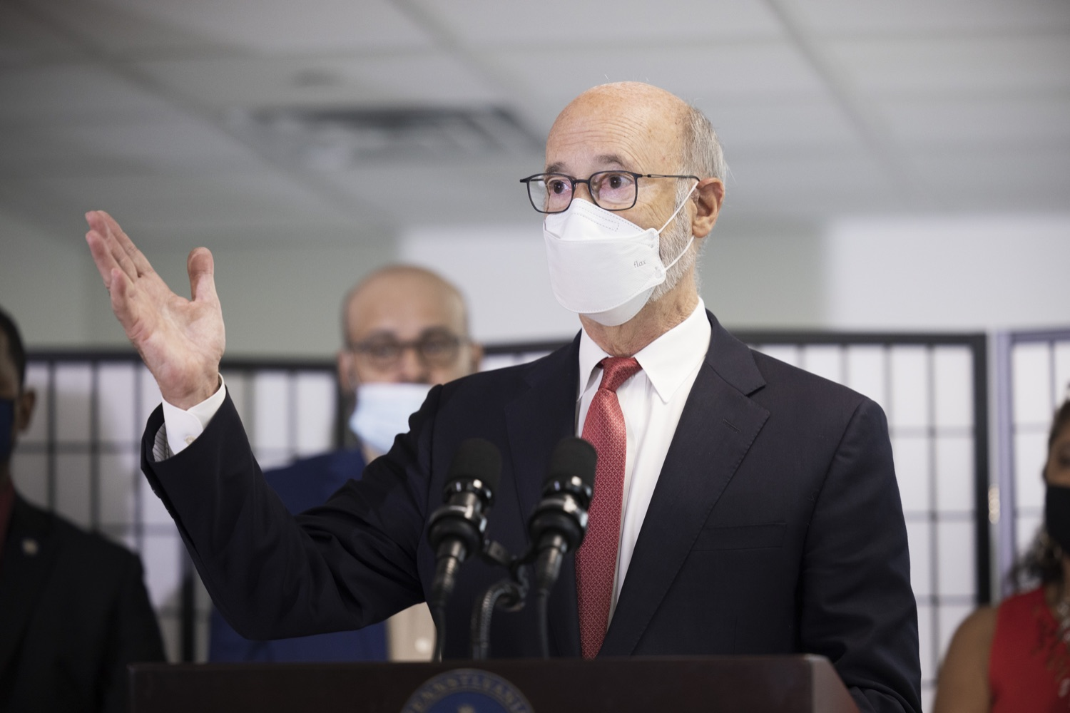 """<a href=""""https://filesource.wostreaming.net/commonwealthofpa/photo/19129_gov_opioidEpidemic_dz_026.jpg"""" target=""""_blank"""">⇣Download Photo<br></a>Pennsylvania Governor Tom Wolf speaking with the press.  Governor Tom Wolf, state leaders, and community partners today visited the Philadelphia neighborhood, Kensington, and Esperanza Health Center to discuss the devastating affects of the opioid epidemic and what can be done to help curb the increase in overdoses throughout the commonwealth.  Philadelphia, PA. - September 16, 2021"""