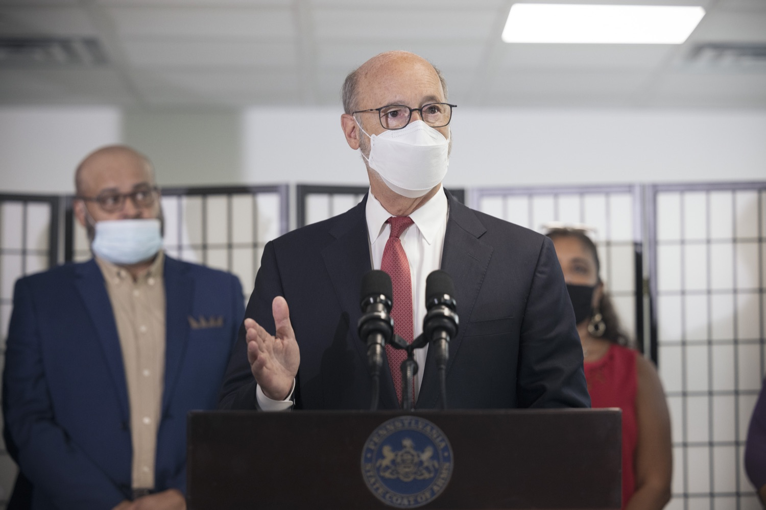 """<a href=""""https://filesource.wostreaming.net/commonwealthofpa/photo/19129_gov_opioidEpidemic_dz_033.jpg"""" target=""""_blank"""">⇣Download Photo<br></a>Pennsylvania Governor Tom Wolf speaking with the press.  Governor Tom Wolf, state leaders, and community partners today visited the Philadelphia neighborhood, Kensington, and Esperanza Health Center to discuss the devastating affects of the opioid epidemic and what can be done to help curb the increase in overdoses throughout the commonwealth.  Philadelphia, PA. - September 16, 2021"""