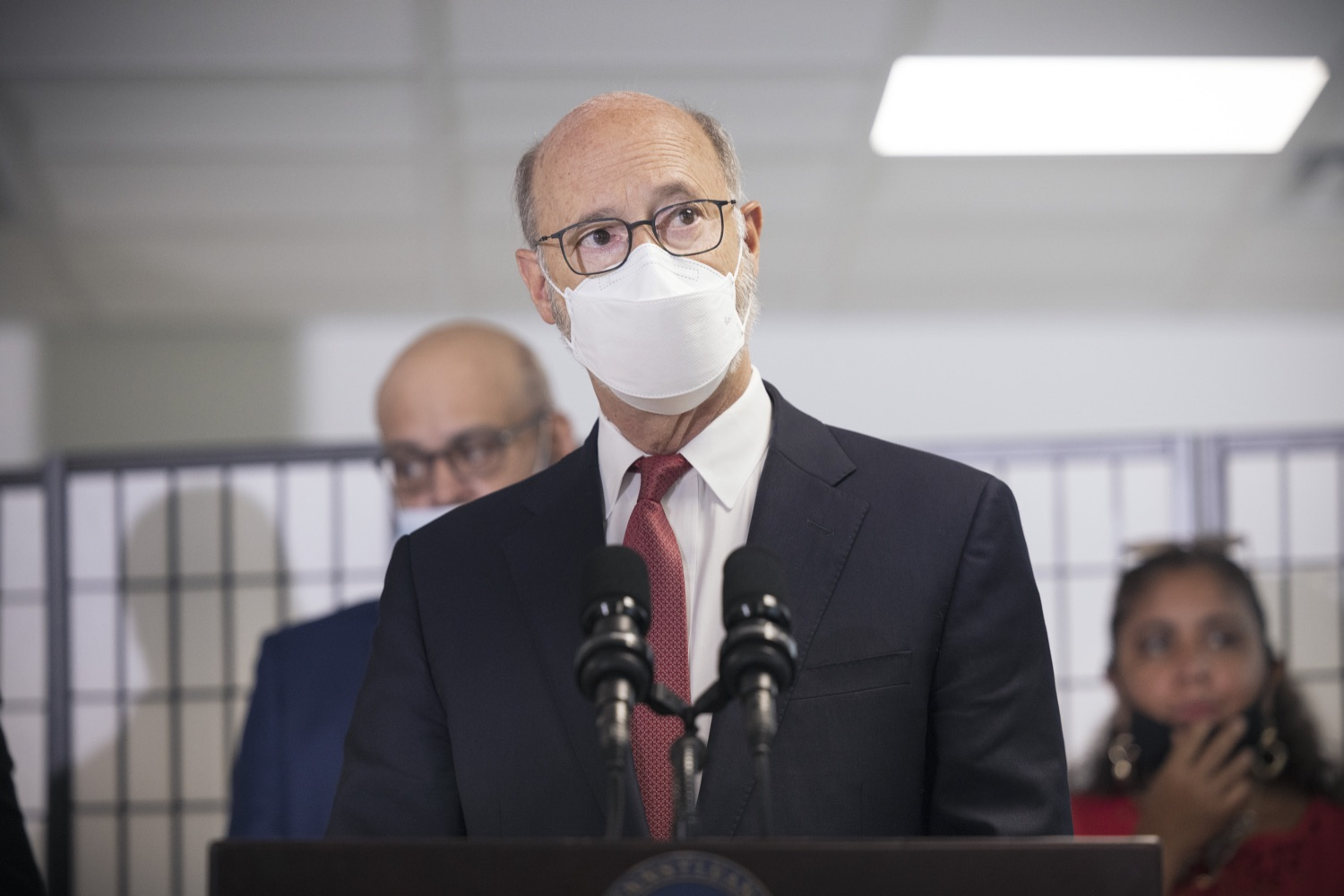"""<a href=""""https://filesource.wostreaming.net/commonwealthofpa/photo/19129_gov_opioidEpidemic_dz_035.jpg"""" target=""""_blank"""">⇣Download Photo<br></a>Pennsylvania Governor Tom Wolf speaking with the press.  Governor Tom Wolf, state leaders, and community partners today visited the Philadelphia neighborhood, Kensington, and Esperanza Health Center to discuss the devastating affects of the opioid epidemic and what can be done to help curb the increase in overdoses throughout the commonwealth.  Philadelphia, PA. - September 16, 2021"""