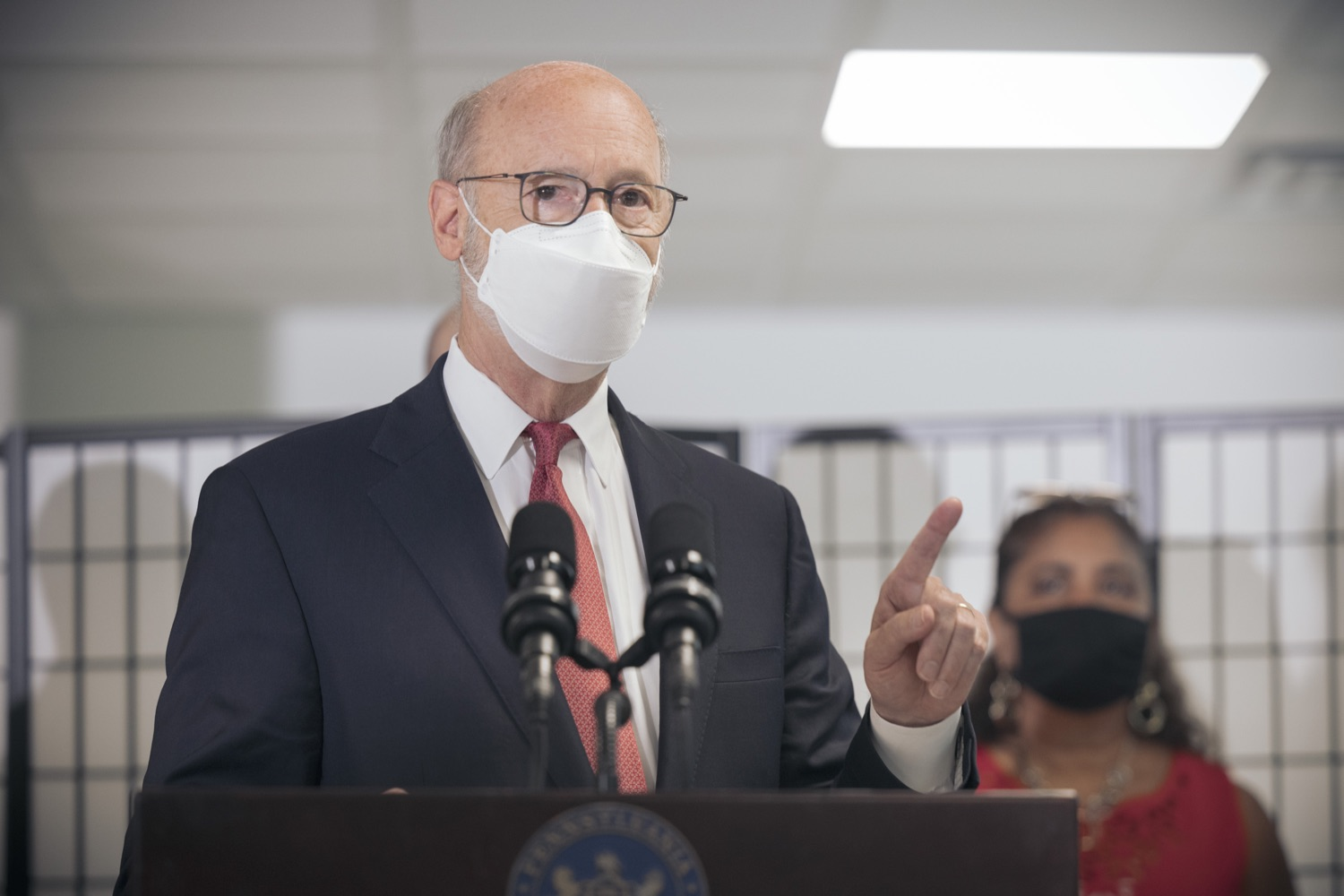 """<a href=""""https://filesource.wostreaming.net/commonwealthofpa/photo/19129_gov_opioidEpidemic_dz_039.jpg"""" target=""""_blank"""">⇣Download Photo<br></a>Pennsylvania Governor Tom Wolf speaking with the press.  Governor Tom Wolf, state leaders, and community partners today visited the Philadelphia neighborhood, Kensington, and Esperanza Health Center to discuss the devastating affects of the opioid epidemic and what can be done to help curb the increase in overdoses throughout the commonwealth.  Philadelphia, PA. - September 16, 2021"""