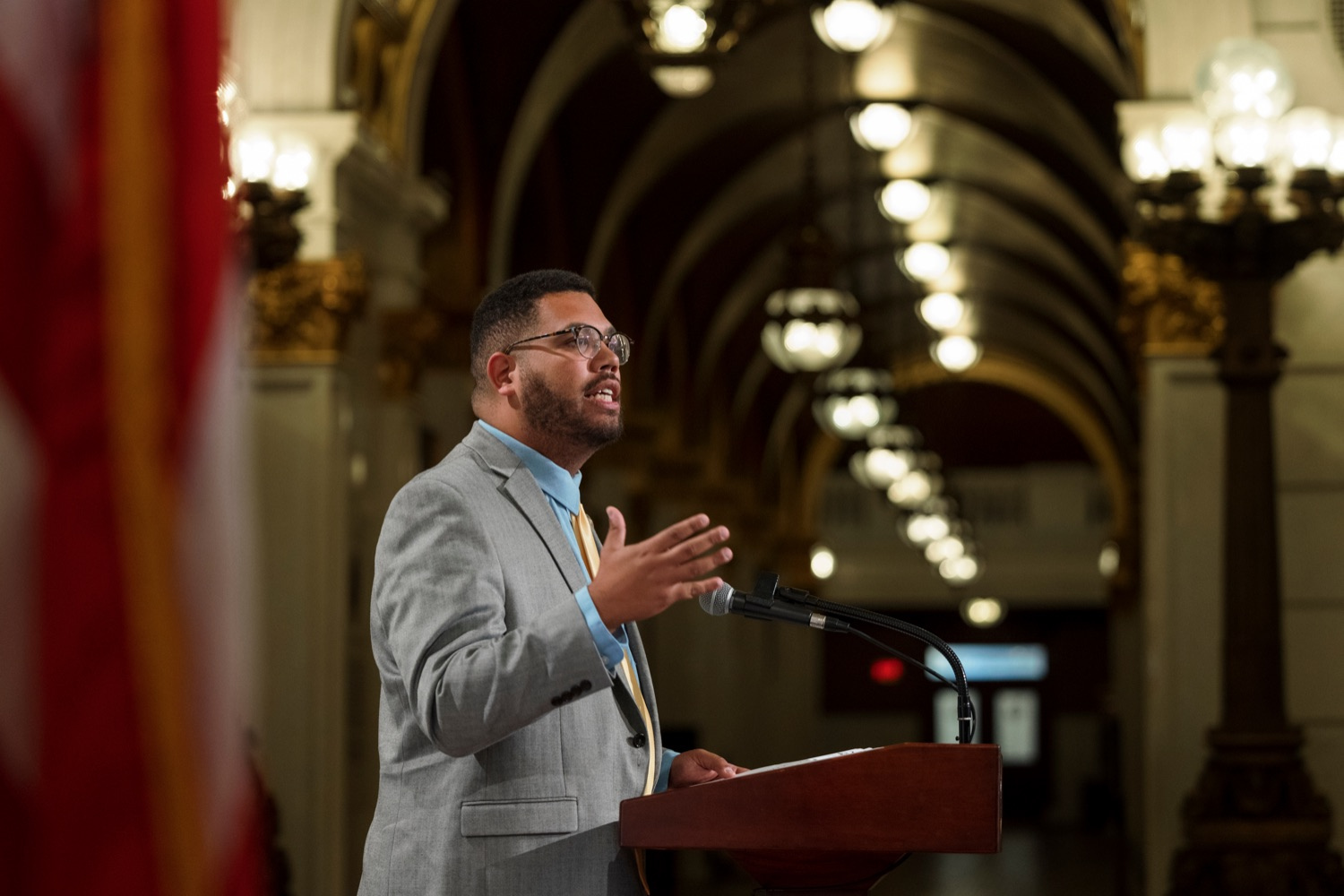 """<a href=""""https://filesource.wostreaming.net/commonwealthofpa/photo/19130_GACLA_HispanicHeritage_NK_007.jpg"""" target=""""_blank"""">⇣Download Photo<br></a>State Rep. Manny Guzman speaks during a press conference to kick-off and recognize the start of Hispanic Heritage Month 2021 inside the capitol rotunda on Wednesday, September 15, 2021."""