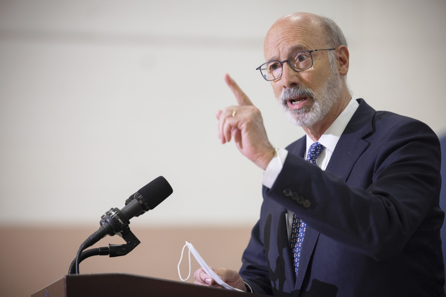 """<a href=""""https://filesource.wostreaming.net/commonwealthofpa/photo/20078_gov_gunviolence_dz_002.jpg"""" target=""""_blank"""">⇣Download Photo<br></a>Pennsylvania Governor Tom Wolf speaking with the press.  Governor Tom Wolf today joined state lawmakers to remind communities and organizations that $24 million in state funding is available to address community violence.  Philadelphia, PA - September 23, 2021"""